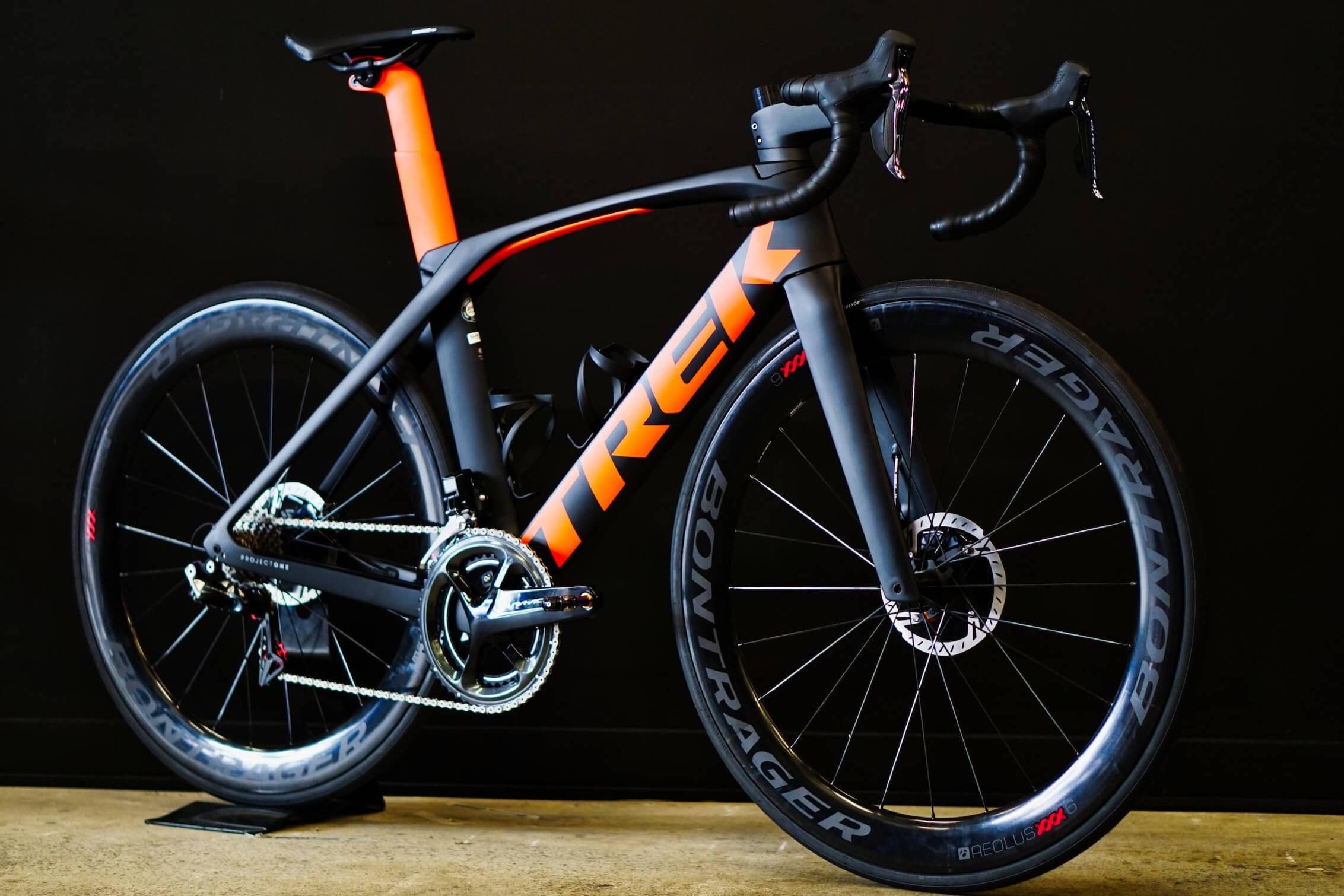 Bikes - CyCo are Trek, Ibis and Curve specialists; with a vast range of road, Mountain Bikes and Gravel rides.