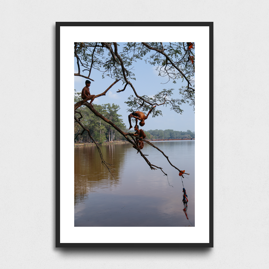 Diving - Angkor Wat, Cambodia3 Sizes:• 10x8/254x204mm• 20x16/508x407mm• 48x36/1219x914mmSupplied unframedFrom £56 to £267