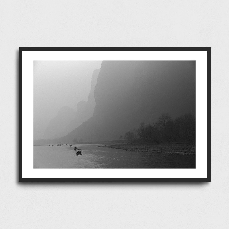 Li iiver - Yangshuo, Guangxi province, China3 Sizes:• 10x8/254x204mm• 20x16/508x407mm• 48x36/1219x914mmSupplied unframedFrom £56 to £267