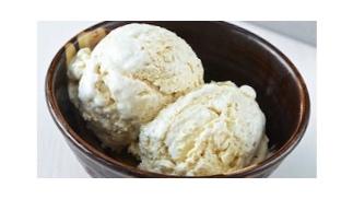No Churn Vanilla Keto Ice Cream