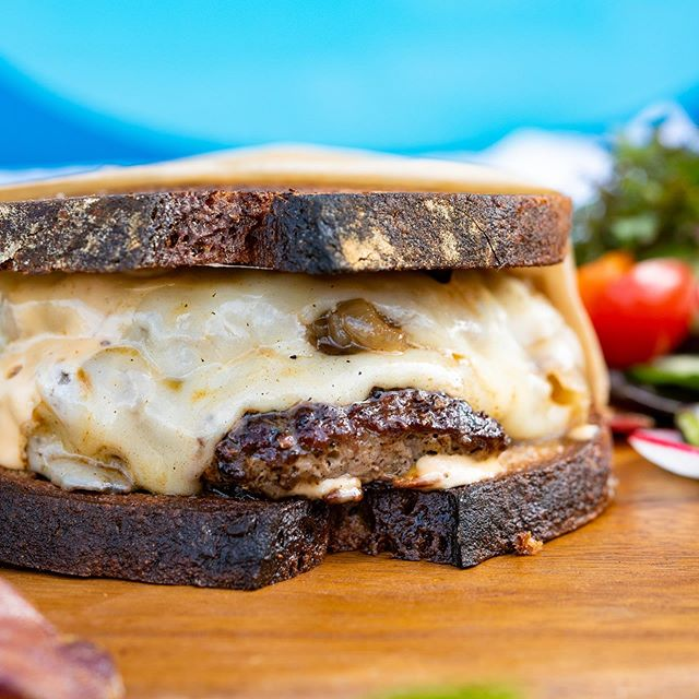 Doesn't a artisanal patty melt sound good? Come check us out @mauiartsculture tonight for @paulsimonofficial concert!! We will be ready as soon as gates open, aloha!! #maui #mauifoodtruck #farmtotable #locavoredeli