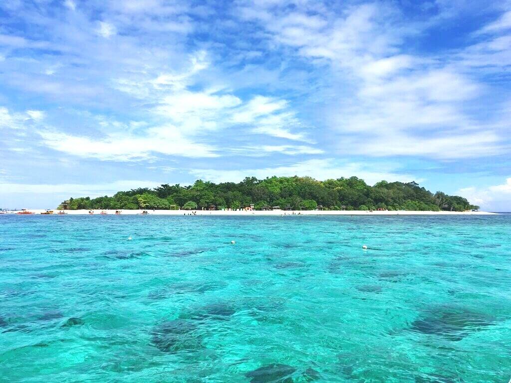 Mantigue-Island-Camiguin.jpg