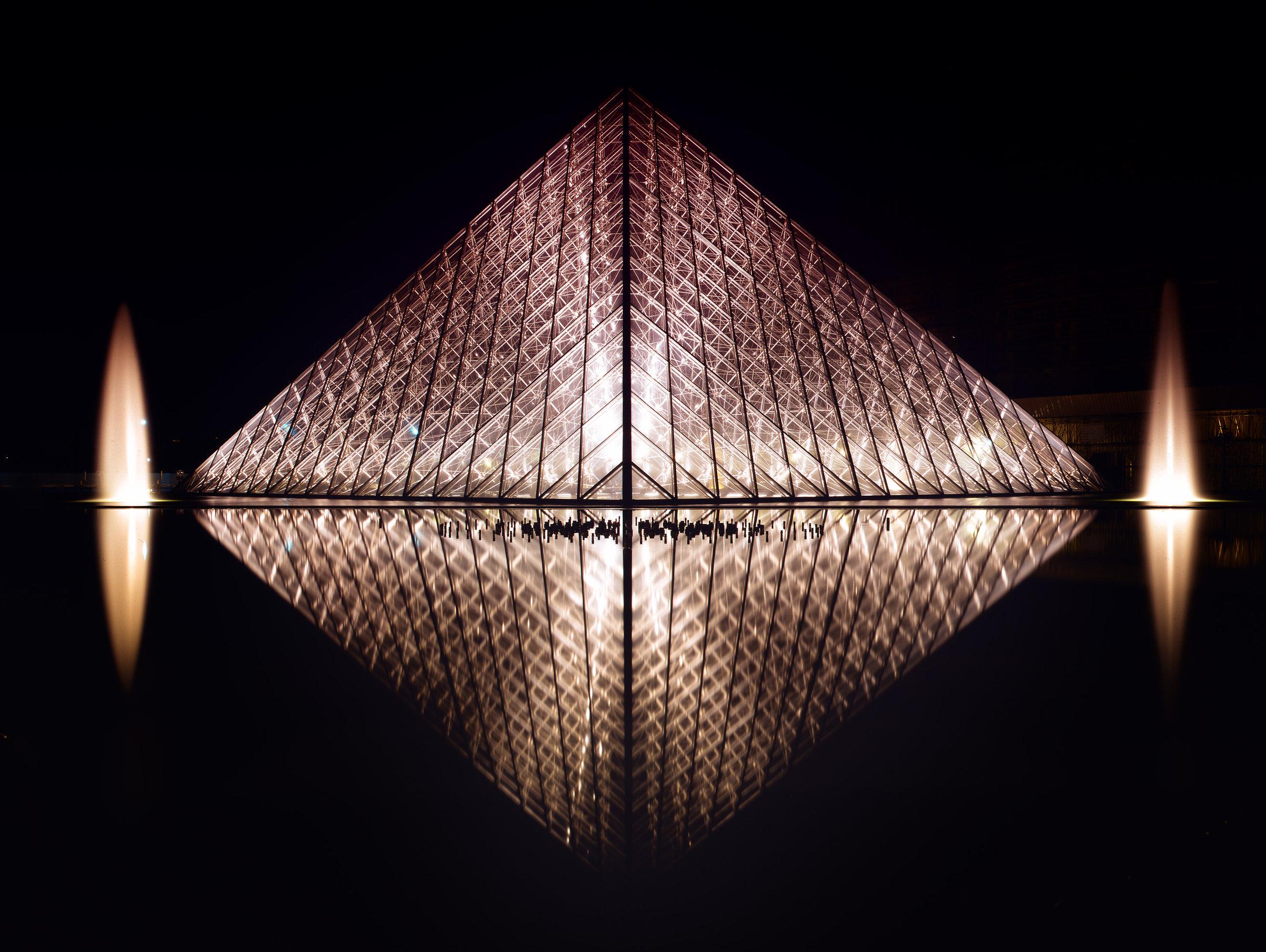 Pyramide du Louvre at Night