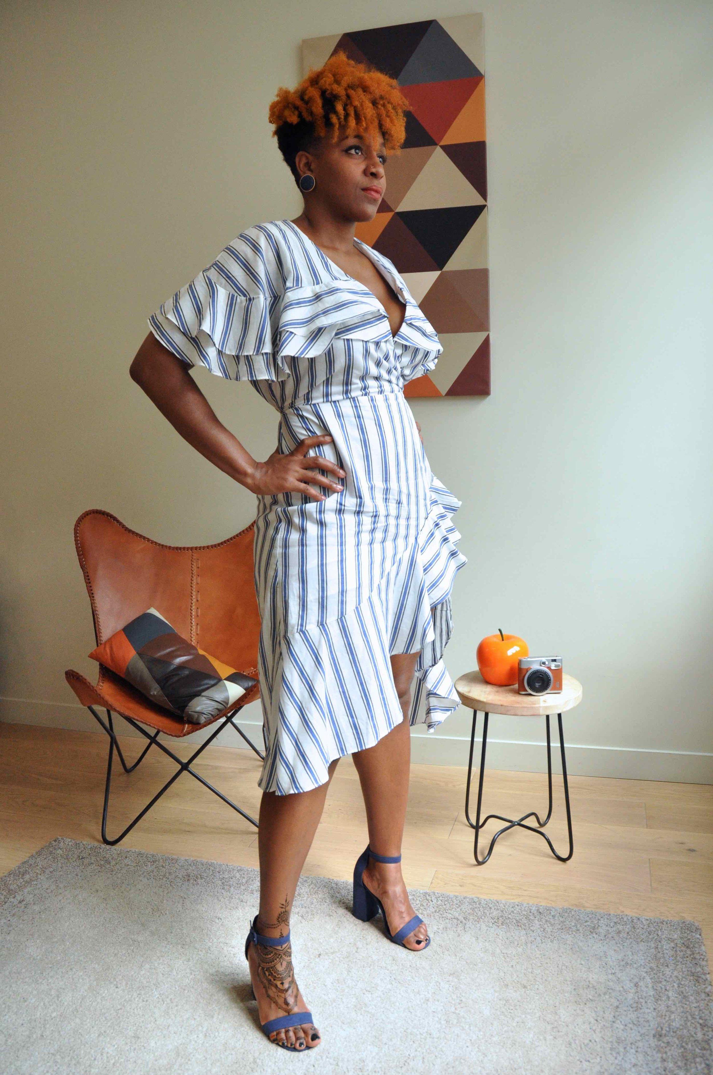 Hair Style orange, Cheveux crépus colorés Maquillage naturel : teint, cernes et imperfections  Tatouage henné