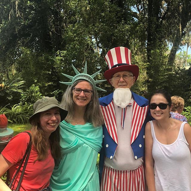 Had a great day yesterday here in Florida! We first went to a float parade in Micanopy before going to a fireworks display in Alachua. It rained for much of the day, but that didn't stop us from having a great time and we made some friends along the way. I even managed to nab some of the candy at the parade 😁 #USA #Florida #4thOfJuly #4thOfJulyFireworks #4thOfJulyParade #2019 #IndependenceDay #IndependenceDay2019 #Micanopy #Alachua #FL #America #UnitedStates #StarsAndStripes #Travel #TravelPhotography #Travelholic #Holiday #HolidayFun #Fireworks #Friendship #Happy #Gratitude #Candy #NoFilter
