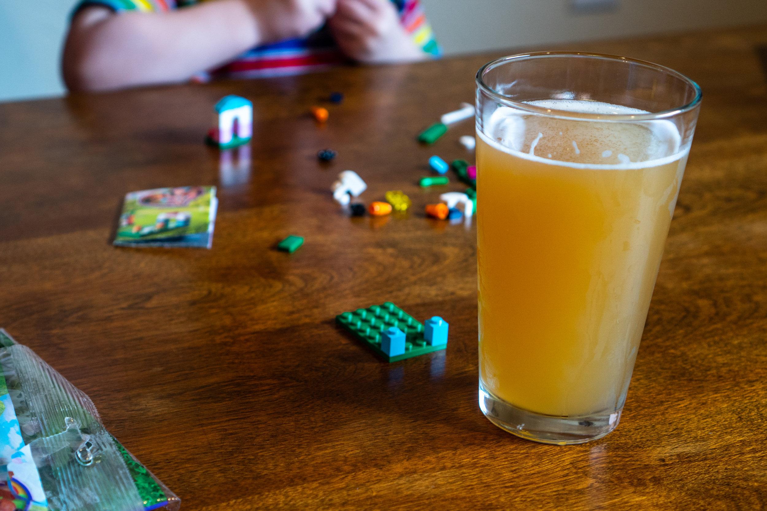 ConnyCreekBrewing_LegoPint