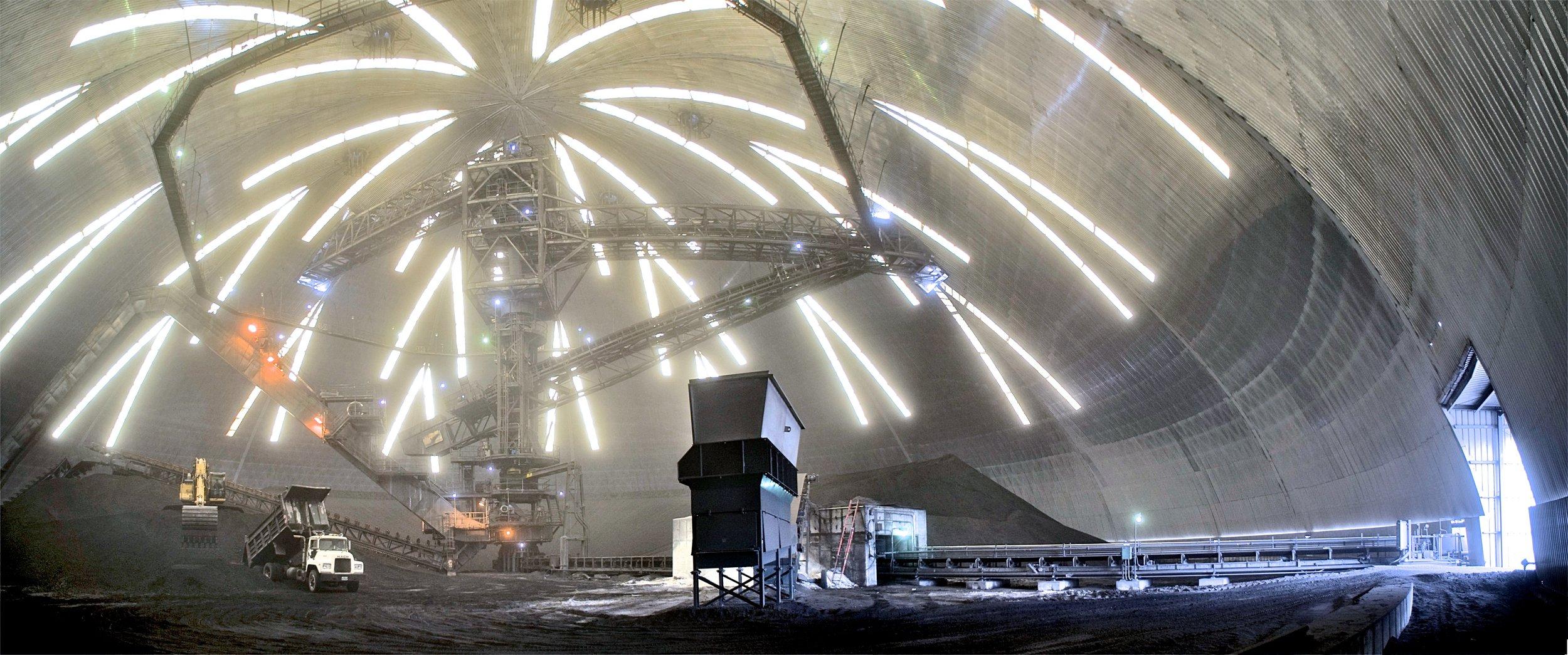 Planta de Energía JEA, en Jacksonville, Florida, con un claro de 122m.