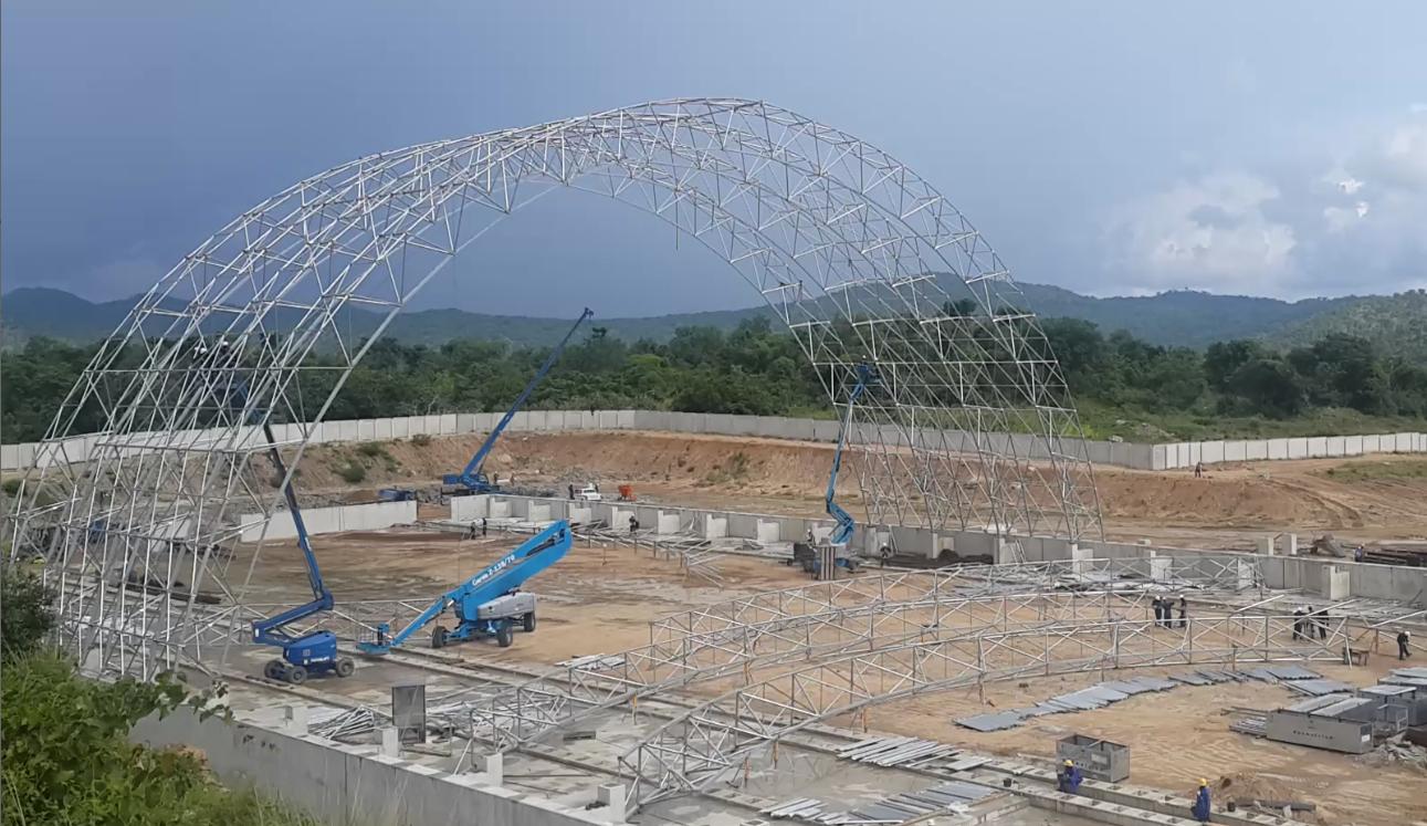"""El método de montaje """"izaje en sitio"""" se utiliza para cúpulas y bóvedas"""