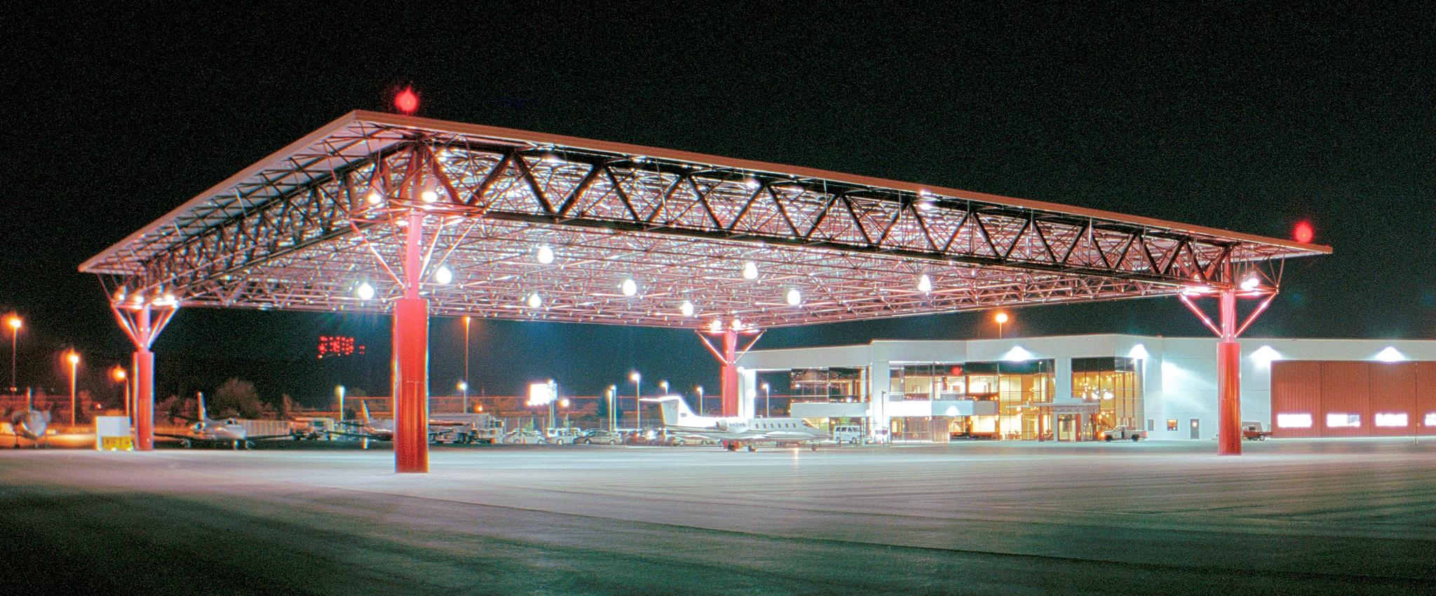 175' x 175' Swift Aviation Hangar at Sky Harbor, Phoenix, AZ, USA.. Design by KG Architects, Phoenix. Photo by Chris Palmer.