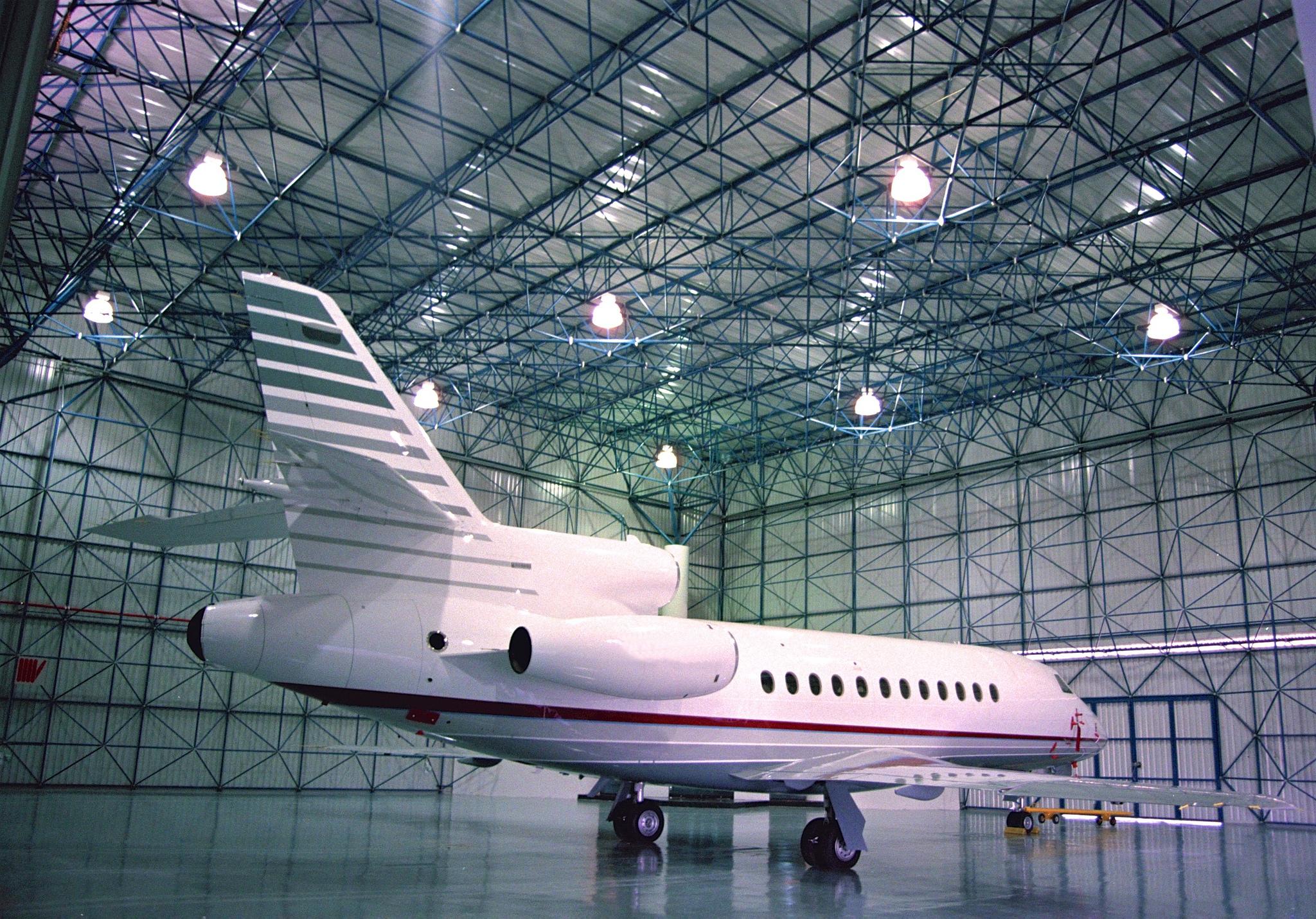 Corporate Hangar - 60m span space frame