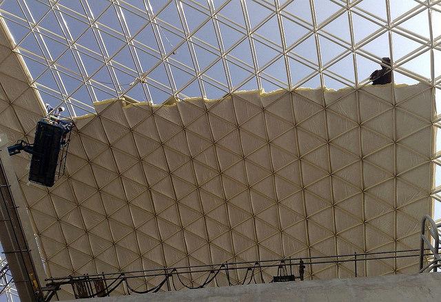La fibra de vidrio puede incorporarse entre las capas de una estructura, cuyo espacio va desde los 400mm hasta 1500mm.