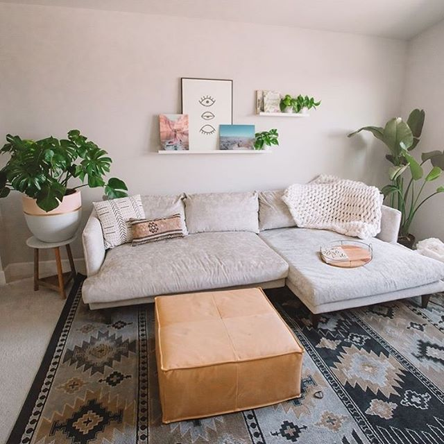 I'm working on manifesting my extremely cozy apartment that I won't ever want to leave. . . . . #apartmentdecor #interiordesign #plantsofinstagram