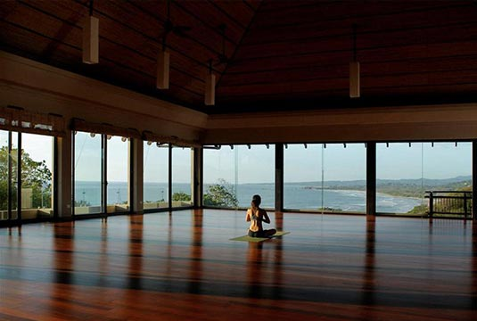 Saskia_Schreiber_Retreat_Costa_Rica_Meditation.jpg