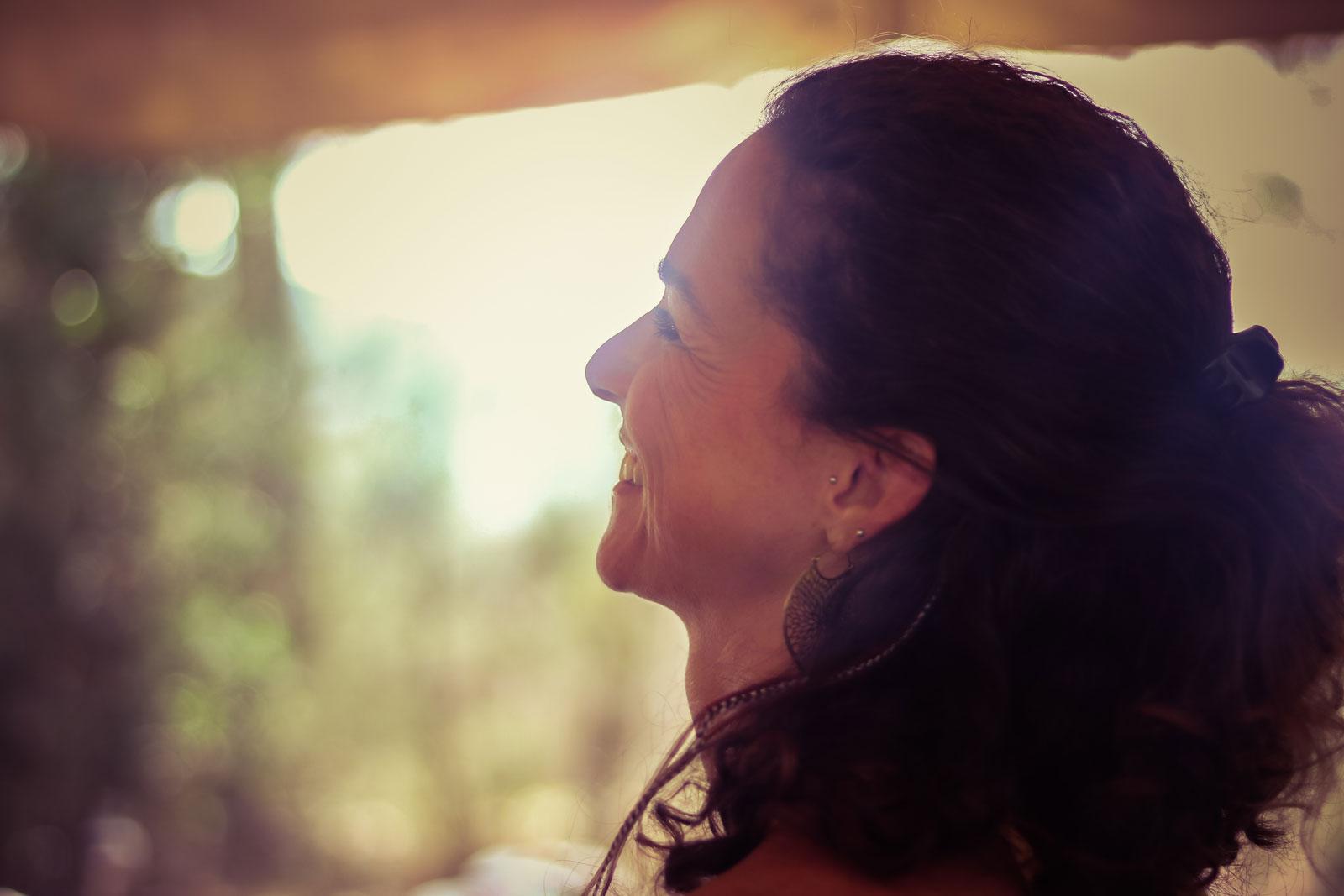 Yoga, Meditation und Tanz nutze ich als Techniken, meinen Geist und meine Aufmerksamkeit zurück zu mir zu holen. Sie sind wichtige Reminder, mein Leben mit Vertrauen, Freude und Mitgefühl zu füllen. -