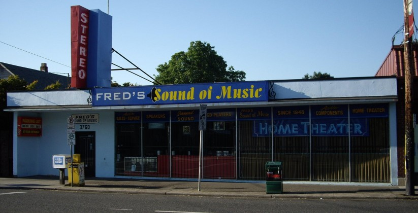 Fred's Sound of Music in Portland: in business since 1948. Don't be mislead. You'll find a lot of the best stuff at places that look like this.