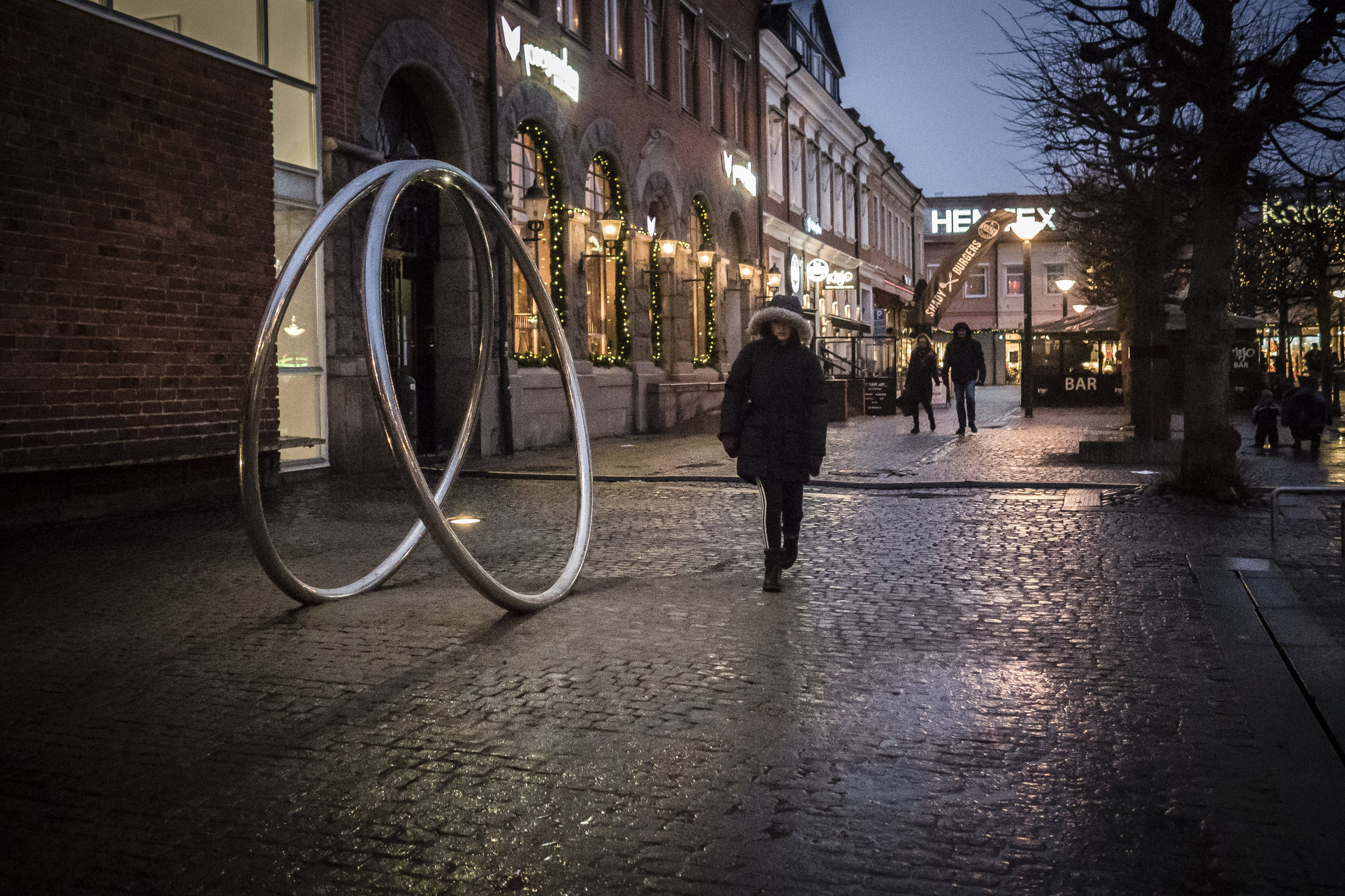 Molly Haslund. Magic Circles, 2018. Mårtenstorget, Lund, Sweden.