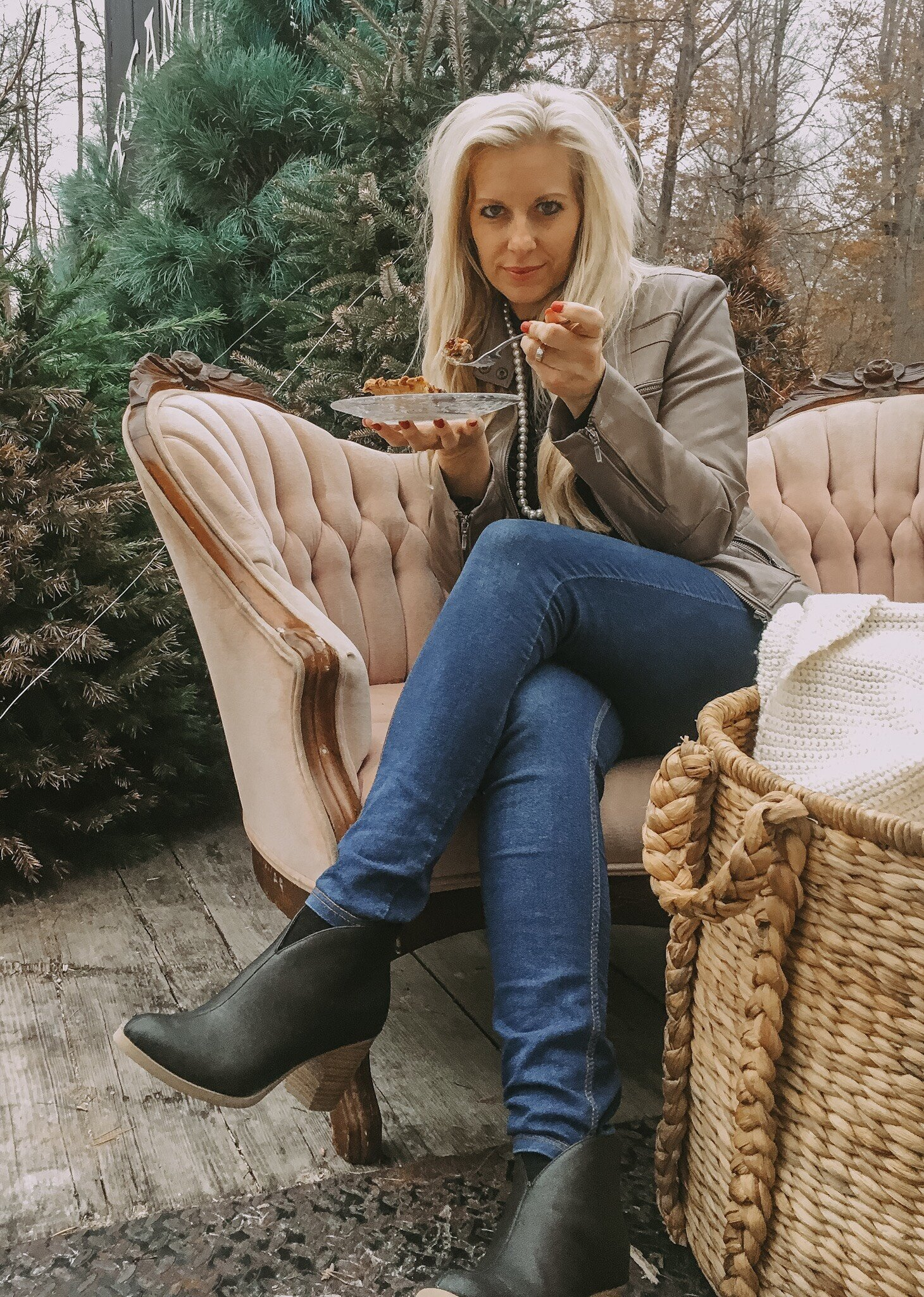 Sometimes finding the perfect Christmas tree requires plush couches and a pie break. Did I mention I'm sometimes a little over the top? Especially when it comes to Christmas!