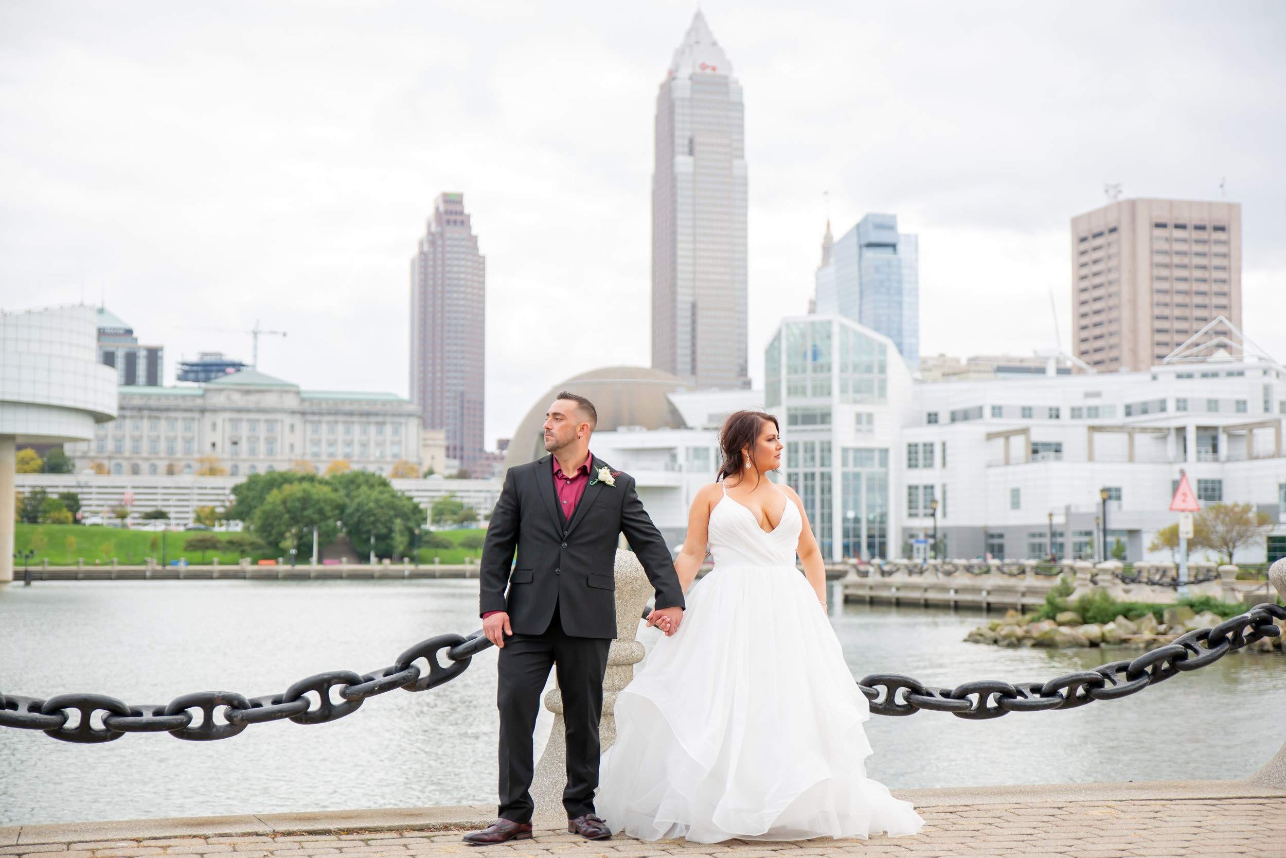 Hannah Cessna Photography - Wedding Photographer Cleveland Ohio wedding photo Voinovich park