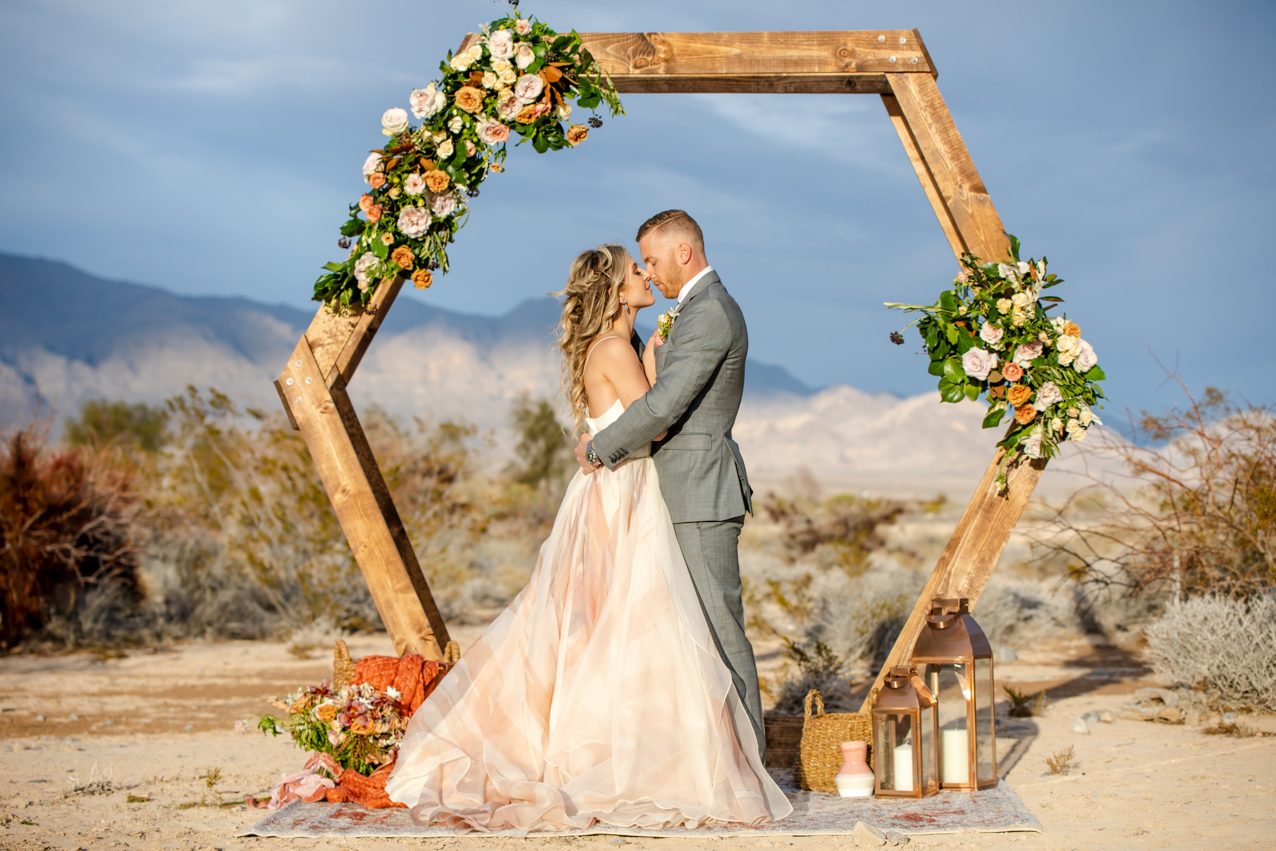 Hannah-cessna-photography-cleveland-ohio-wedding-photograper-Las-Vegas-Nevada-Red-Rocks_0143.jpg