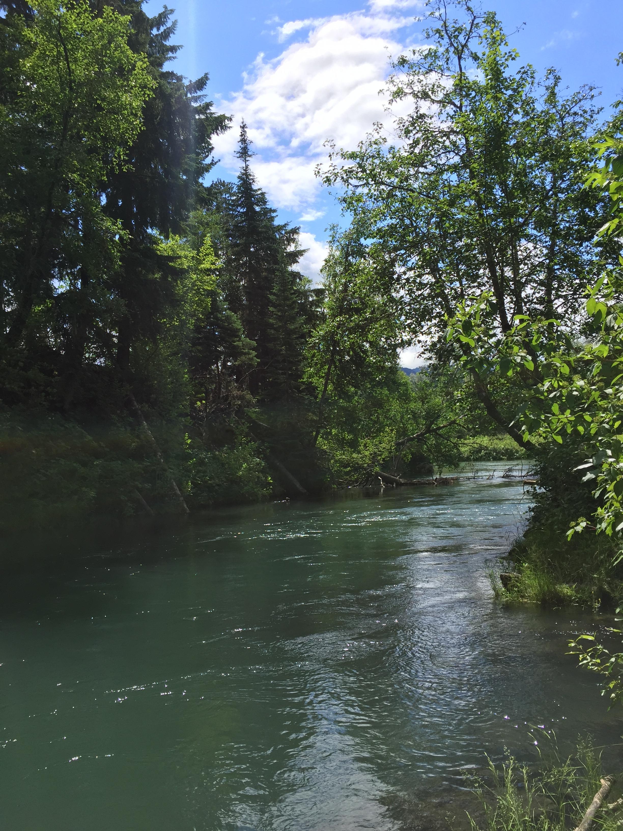 Ksi Sii Aks (Tseax River)