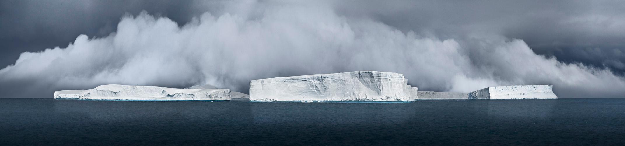 Tabulars Generating Fog, Antarctic Sound, 2007