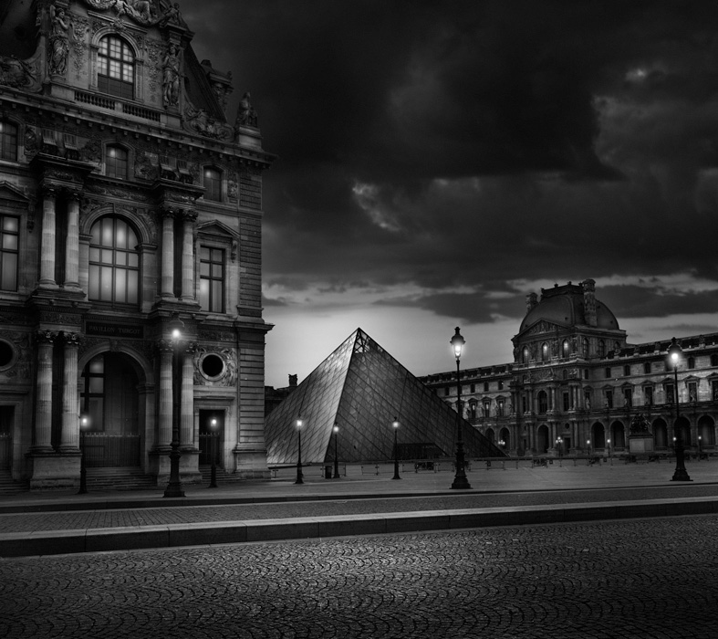 Jean Michel Berts -  Louvre Pyramid