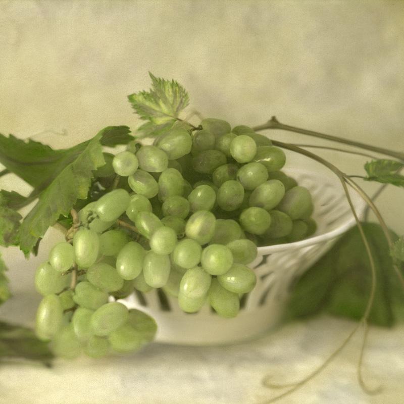 Bowl of Grapes.jpg