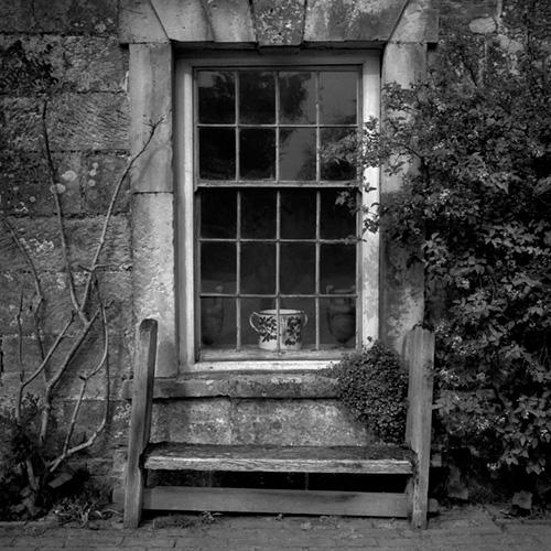 Bench, Scotney Castle.jpg