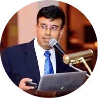 Akif Malik   CEO, PodiumVC