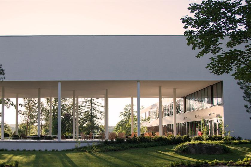 GermanY:Sukhavati Spritual Care Centre - Sukhavati ist das erste buddhistische Zentrum für Spiritual Care in Deutschland – ein Haus des Lebens und der Gemeinschaft, ein Ort der Stille und der inneren Einkehr.Sukhavati website