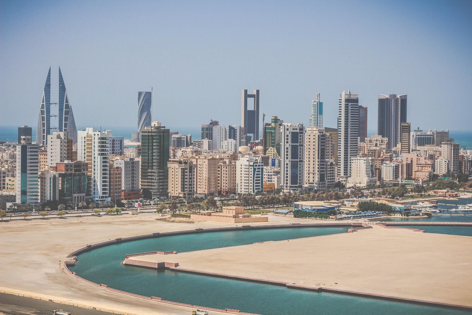 Manama,_Bahrain_Decembre_2014.jpg
