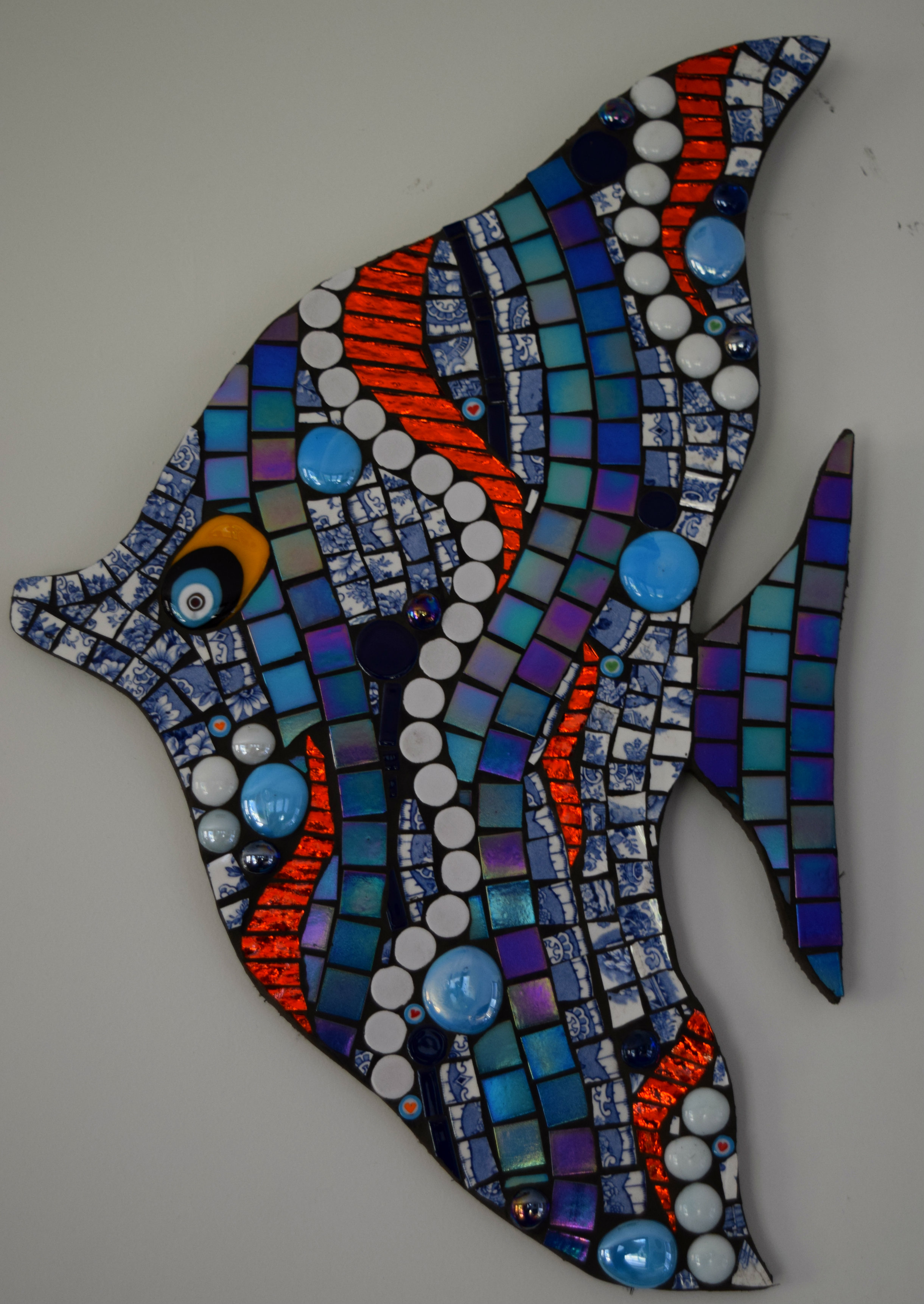 Decorated Fish (Glass Fusions, Beads, Millefiori, Mirror Glass, Glass Tiles, Crockery)