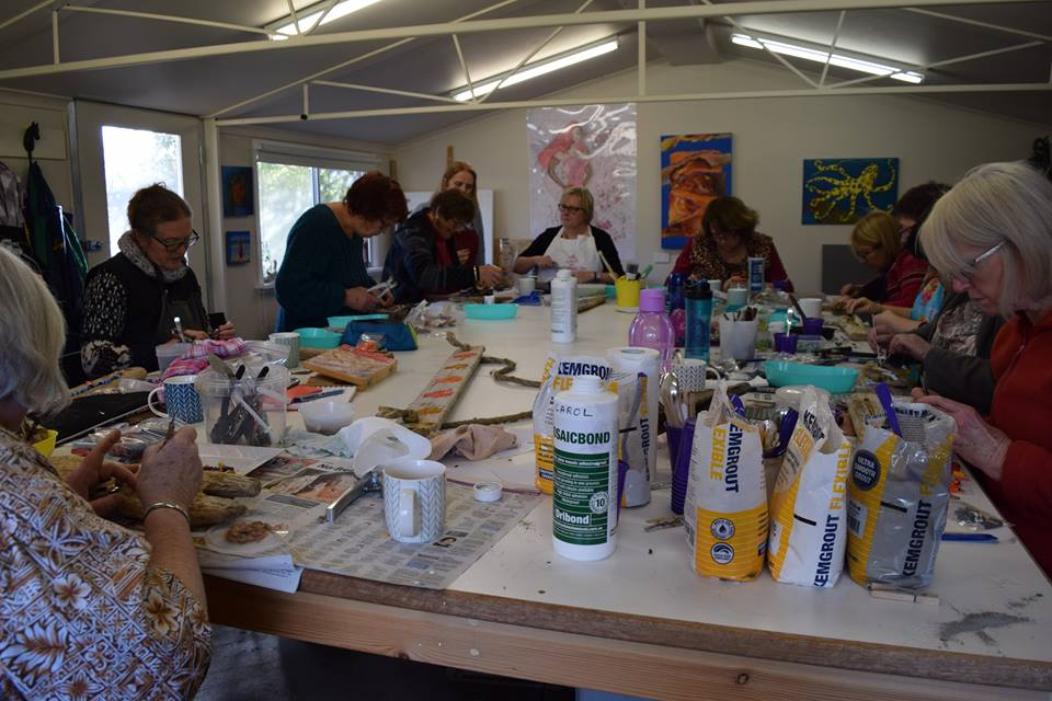 Working on projects during Driftwood and Smalti Workshop