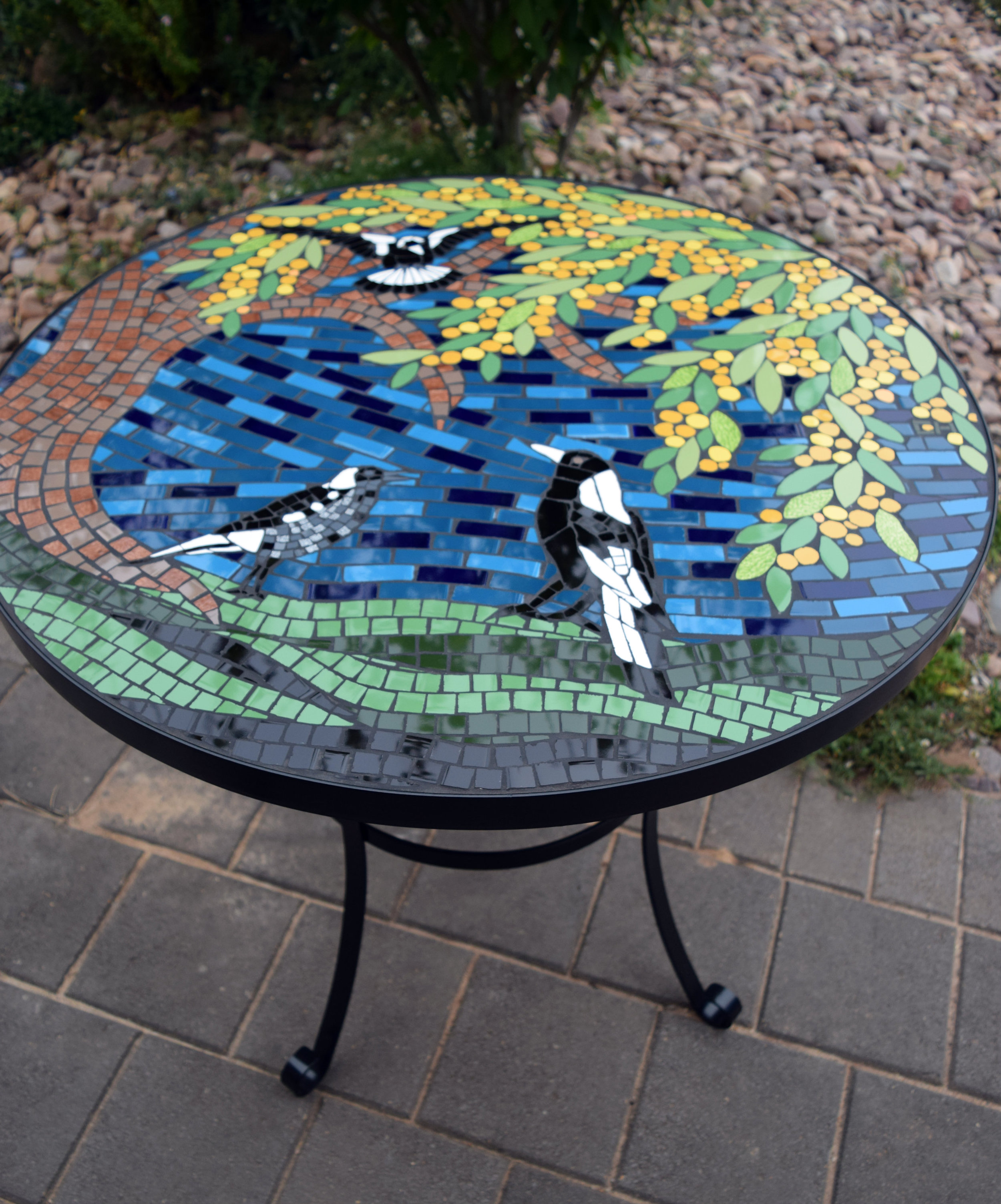 Magpie Table (with Steel rim/legs)
