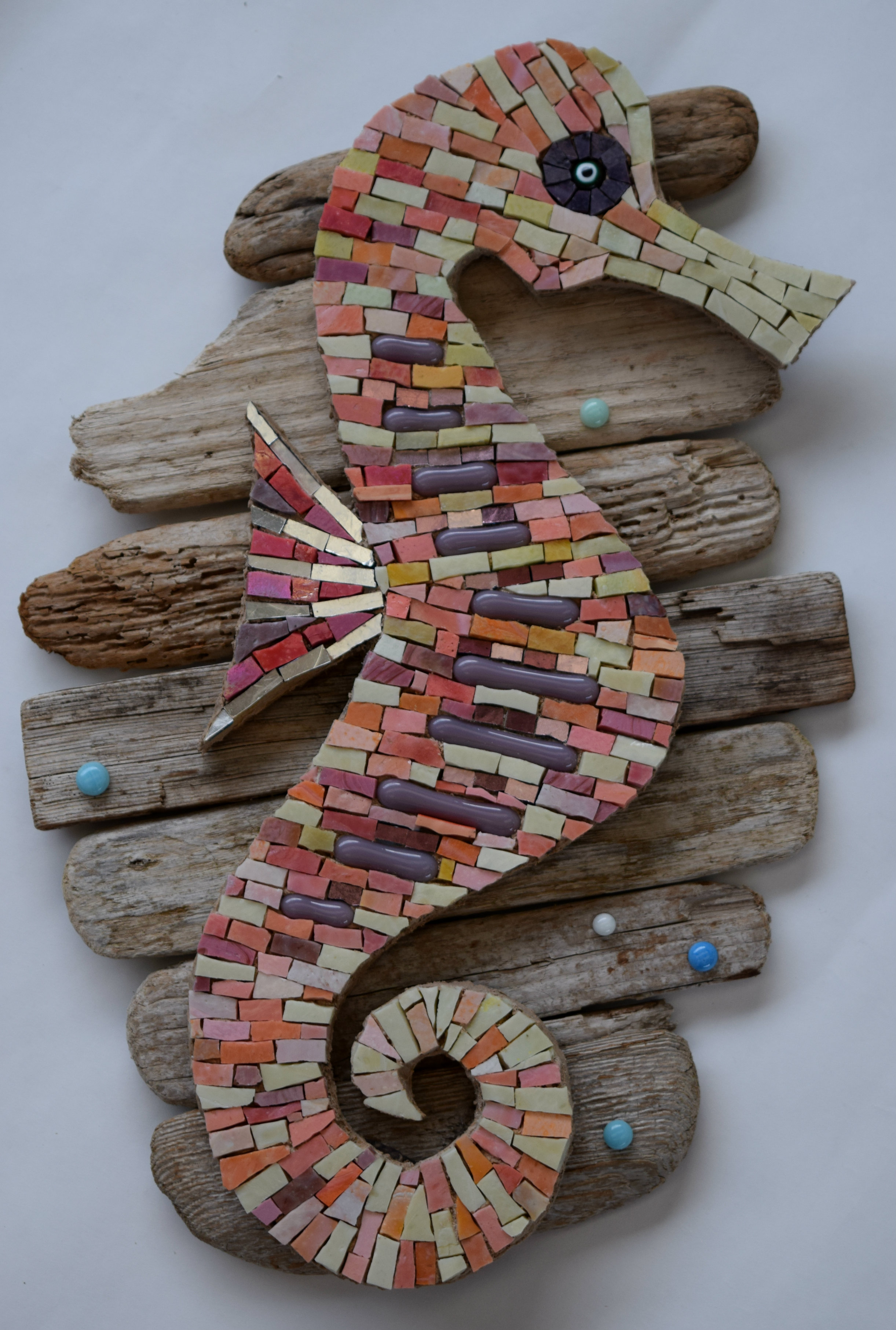 Seahorse on Driftwood (Smalti, 24K Gold Smalti, Glass Fusions, Smalti Beads)