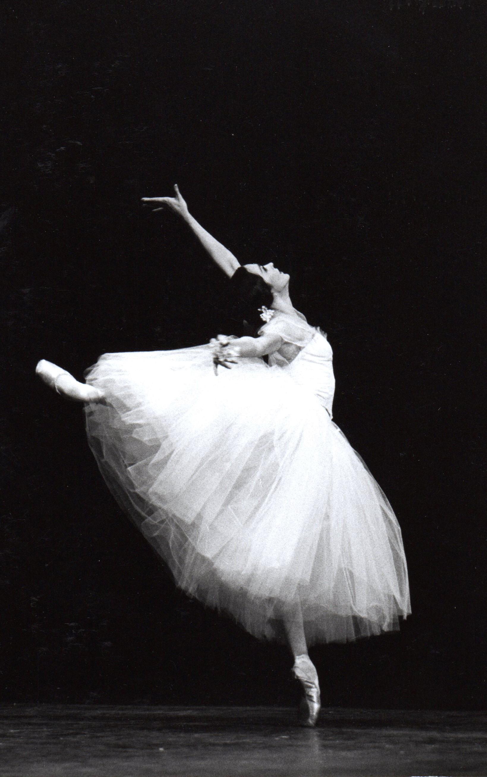 Giselle020.jpg
