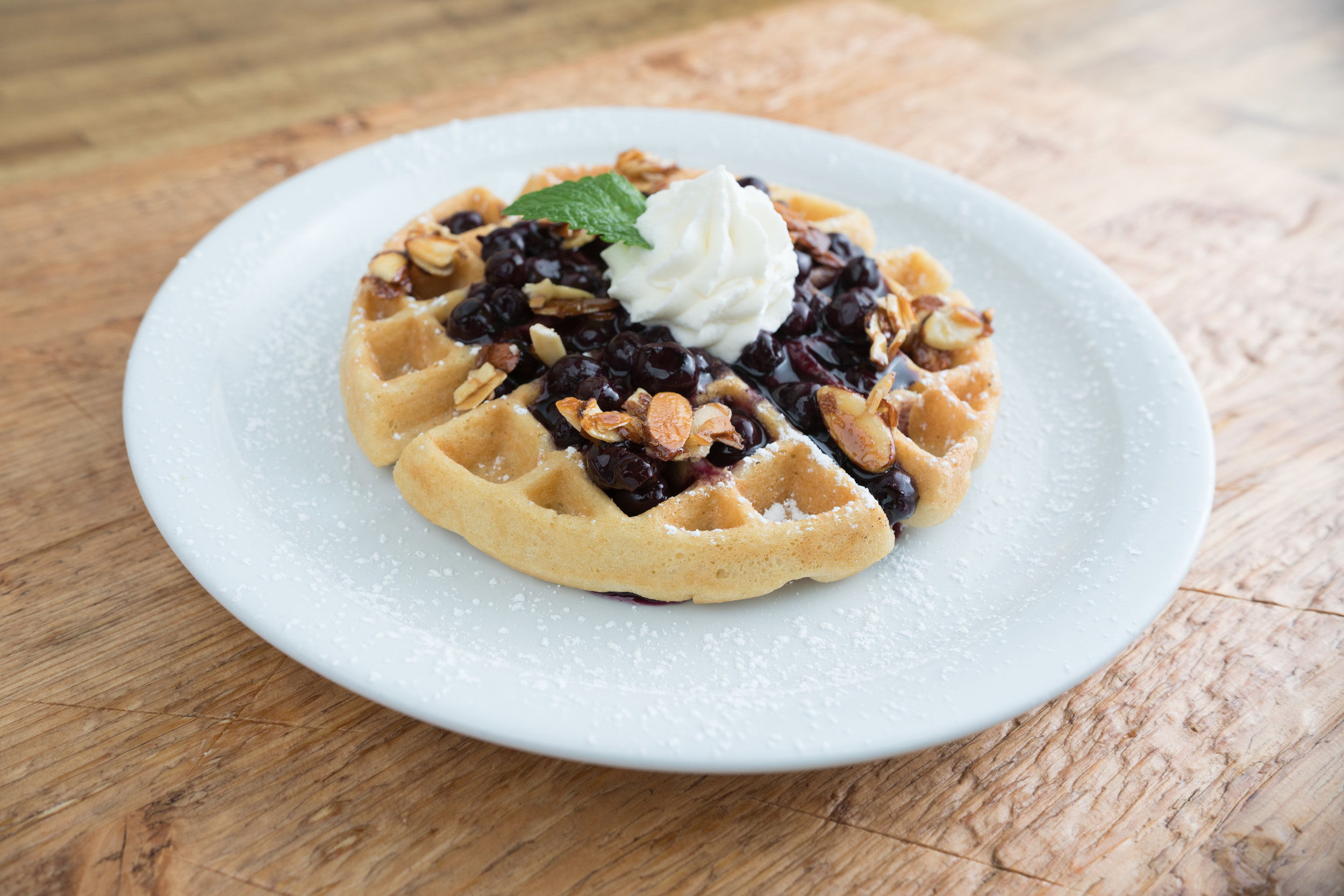 Kitchen_In_The_Canyon-PaleoGFreeWaffles.jpg