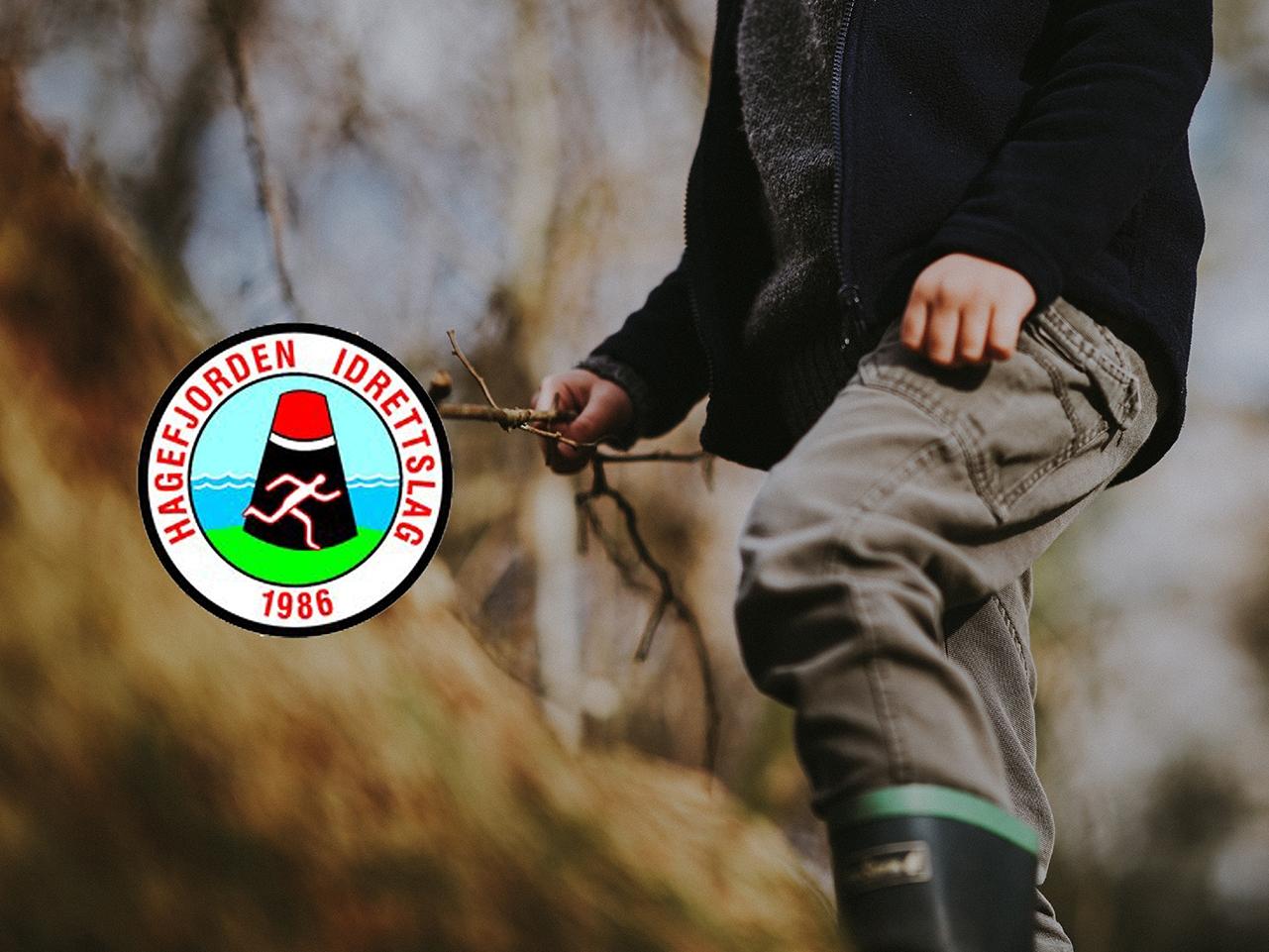 Hagefjorden Idrettslag ble startet i 1986 som et samarbeid på tvers av fjorden, mellom Sandøya og Borøya. Siden den gang har aktiviteten avtatt noe og idrettslaget er kun aktivt på Sandøya. Dette kommer blant annet av at antall barn er betraktlig mindre og at sentrale aktive personer har gitt seg. Men HIL holder fortsatt på og ønsker å holde aktiviteten oppe for å gi barn og voksne på Sandøya et lokalt idrettstilbud. -