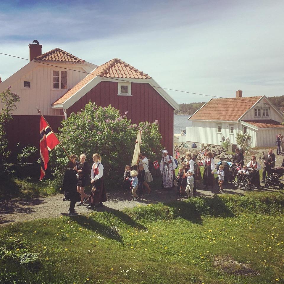 Toget går fra Hauketangen. Foto: Ingeborg Marcussen Hubertz.