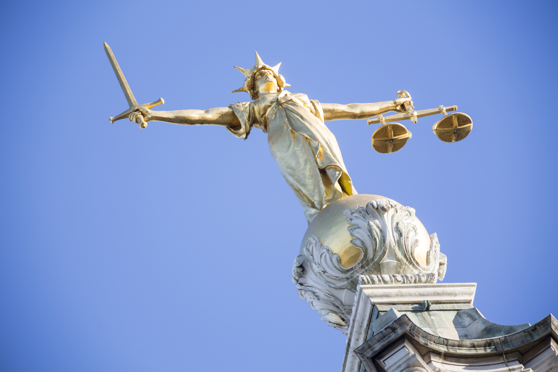 Lady-Justice-on-top-of-Old-Bailey-653145946_2125x1417.jpeg