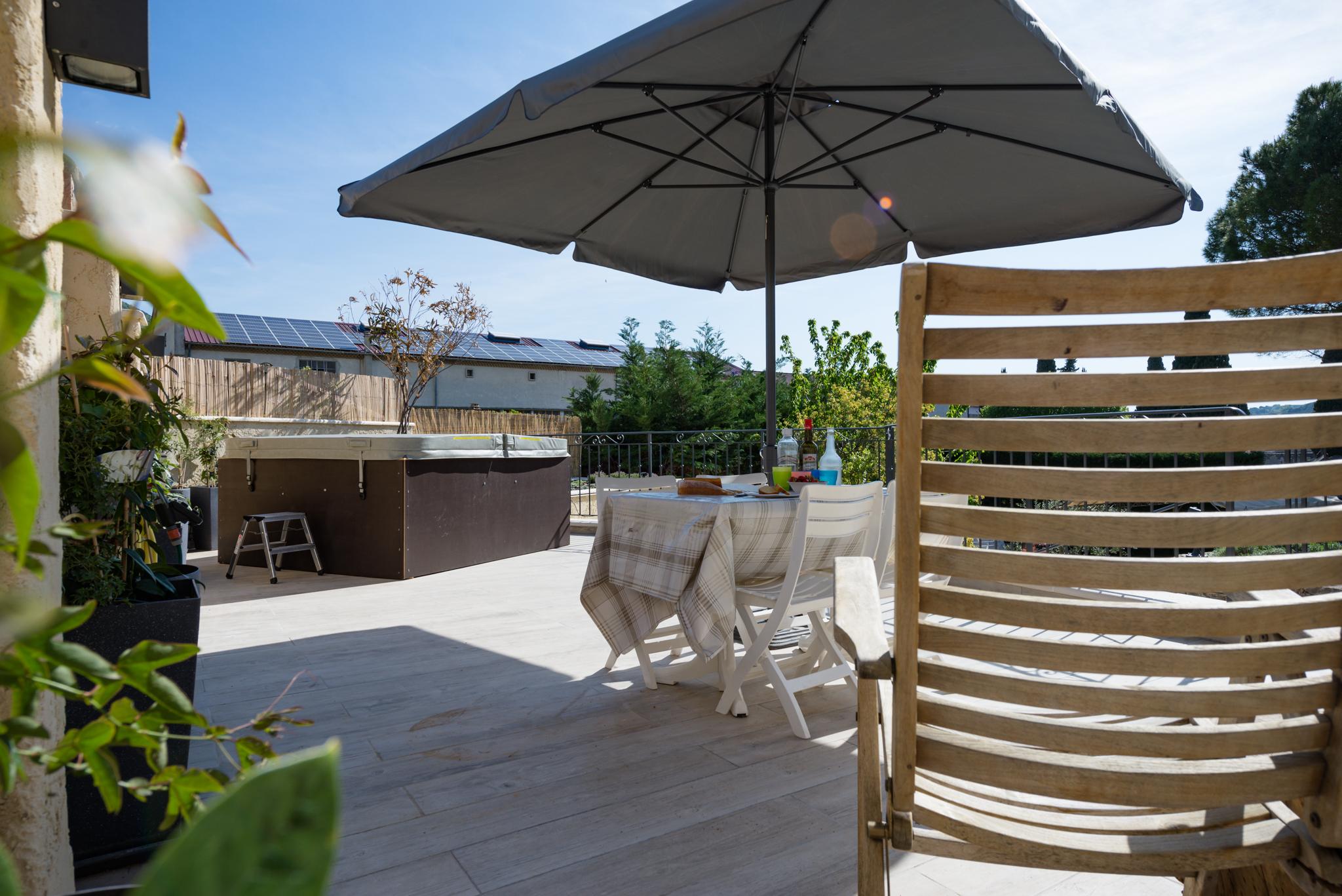 ferienhaus-Nyons-pool-DSC_4622.jpg