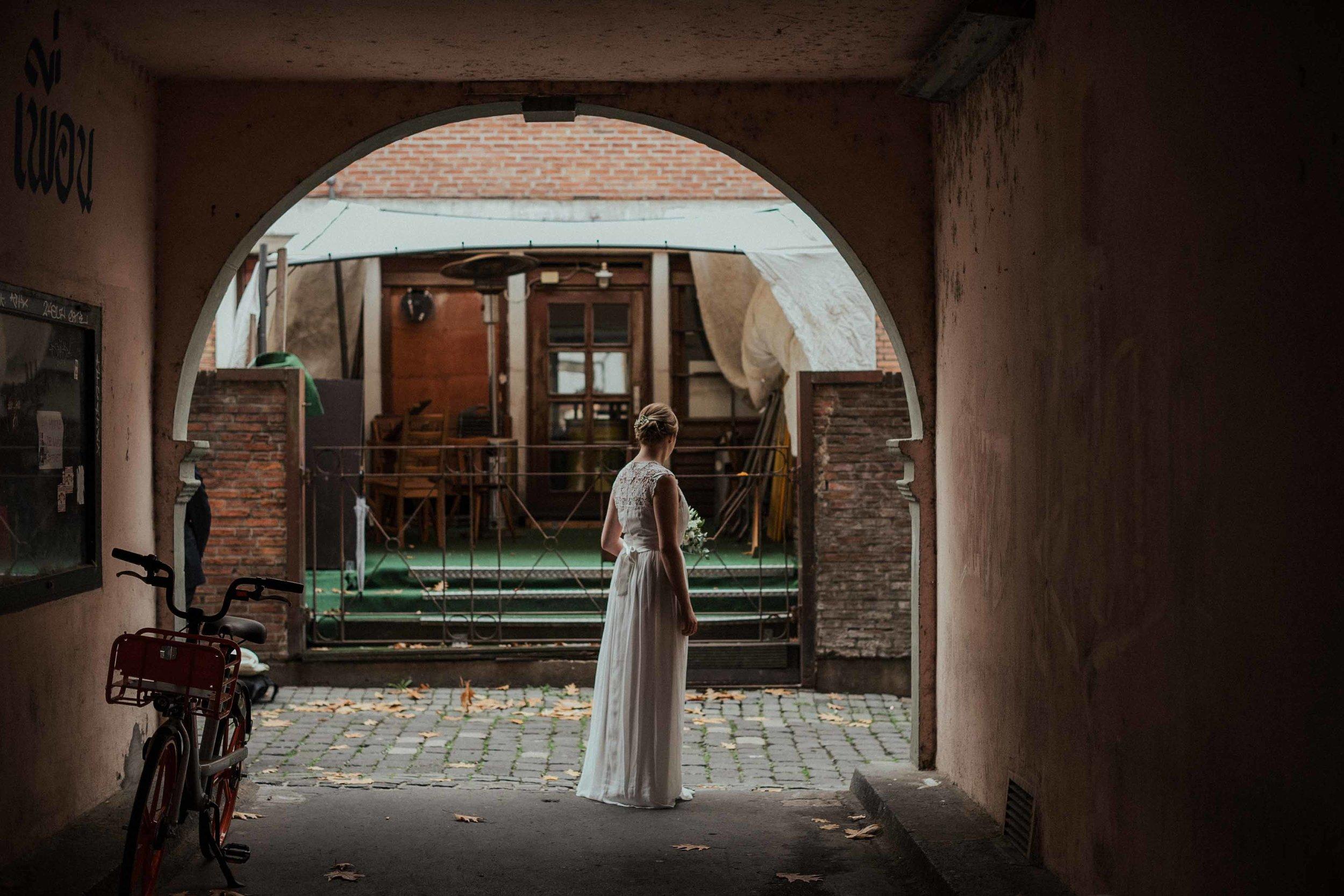 Standesamt Köln Altstadt Hochzeitsfotograf_ Oh Lucy Wedding Photography-23.jpg