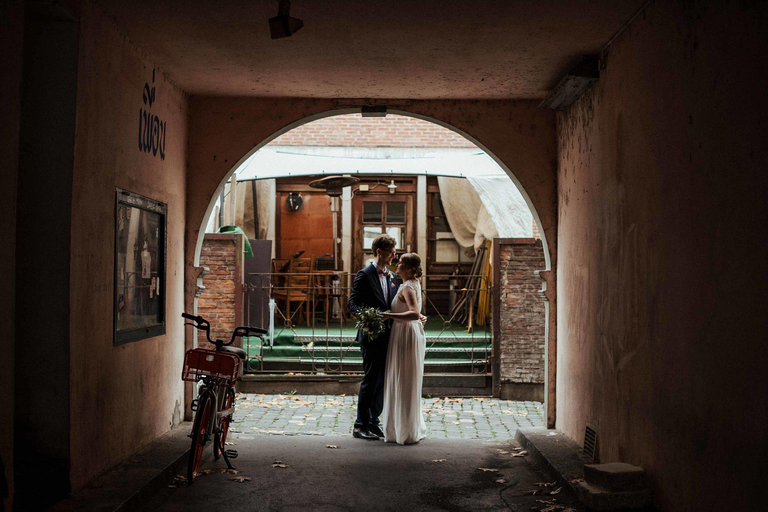 Standesamt Köln Altstadt Hochzeitsfotograf_ Oh Lucy Wedding Photography-25.jpg