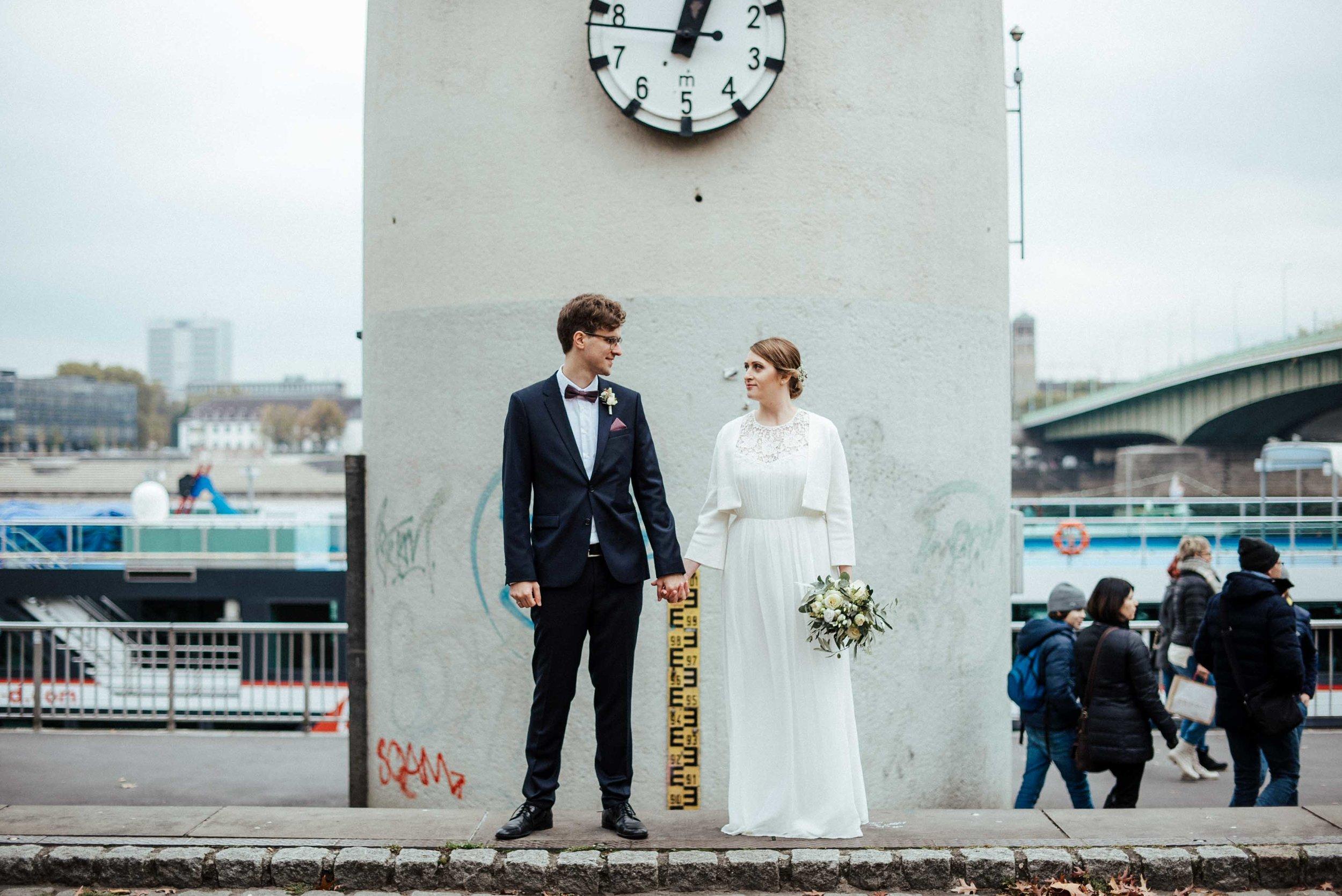 Standesamt Köln Altstadt Hochzeitsfotograf_ Oh Lucy Wedding Photography-27.jpg