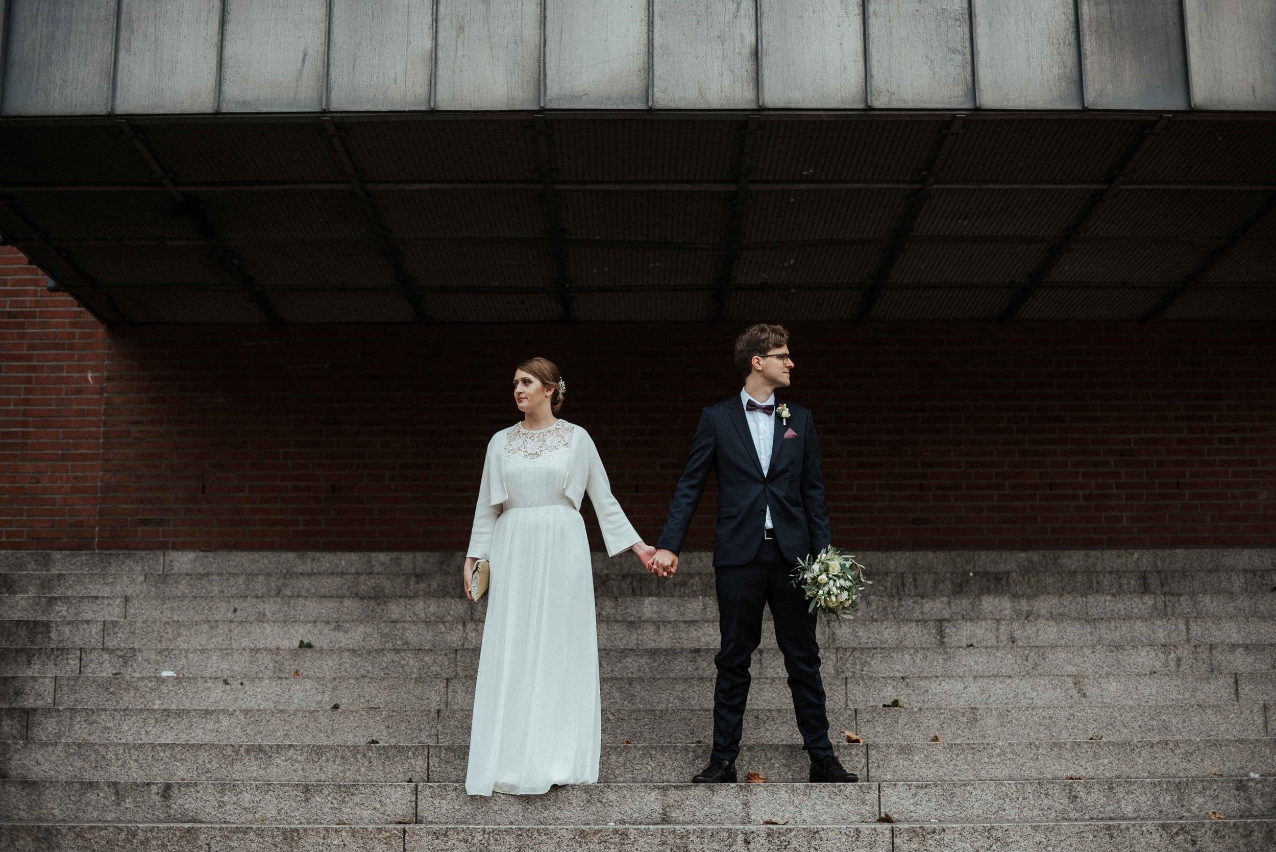 Standesamt Köln Altstadt Hochzeitsfotograf_ Oh Lucy Wedding Photography-31.jpg