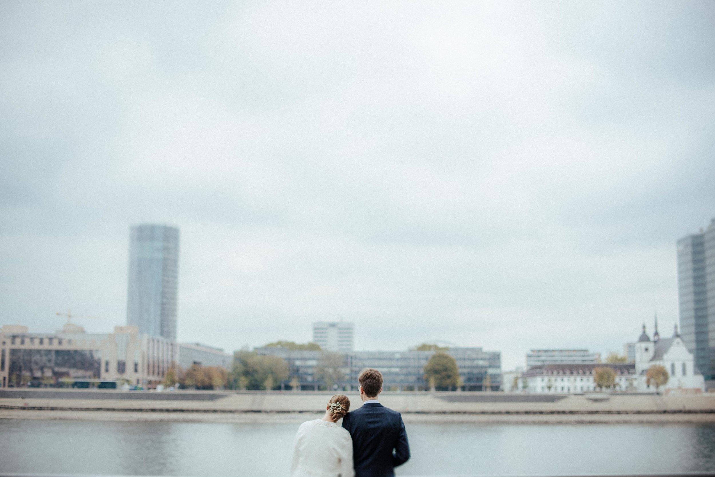 Standesamt Köln Altstadt Hochzeitsfotograf_ Oh Lucy Wedding Photography-0947.jpg