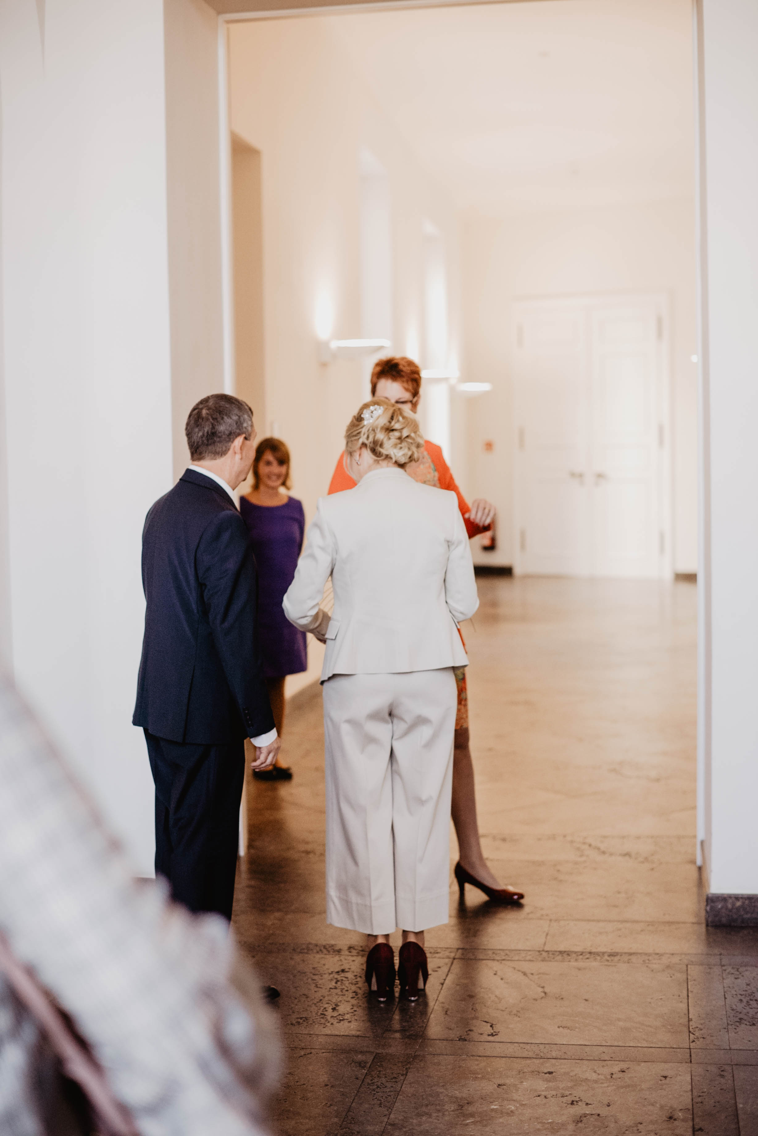 Hochzeit Standesamt Bonn by Lucy Wedding Photography-14.jpg
