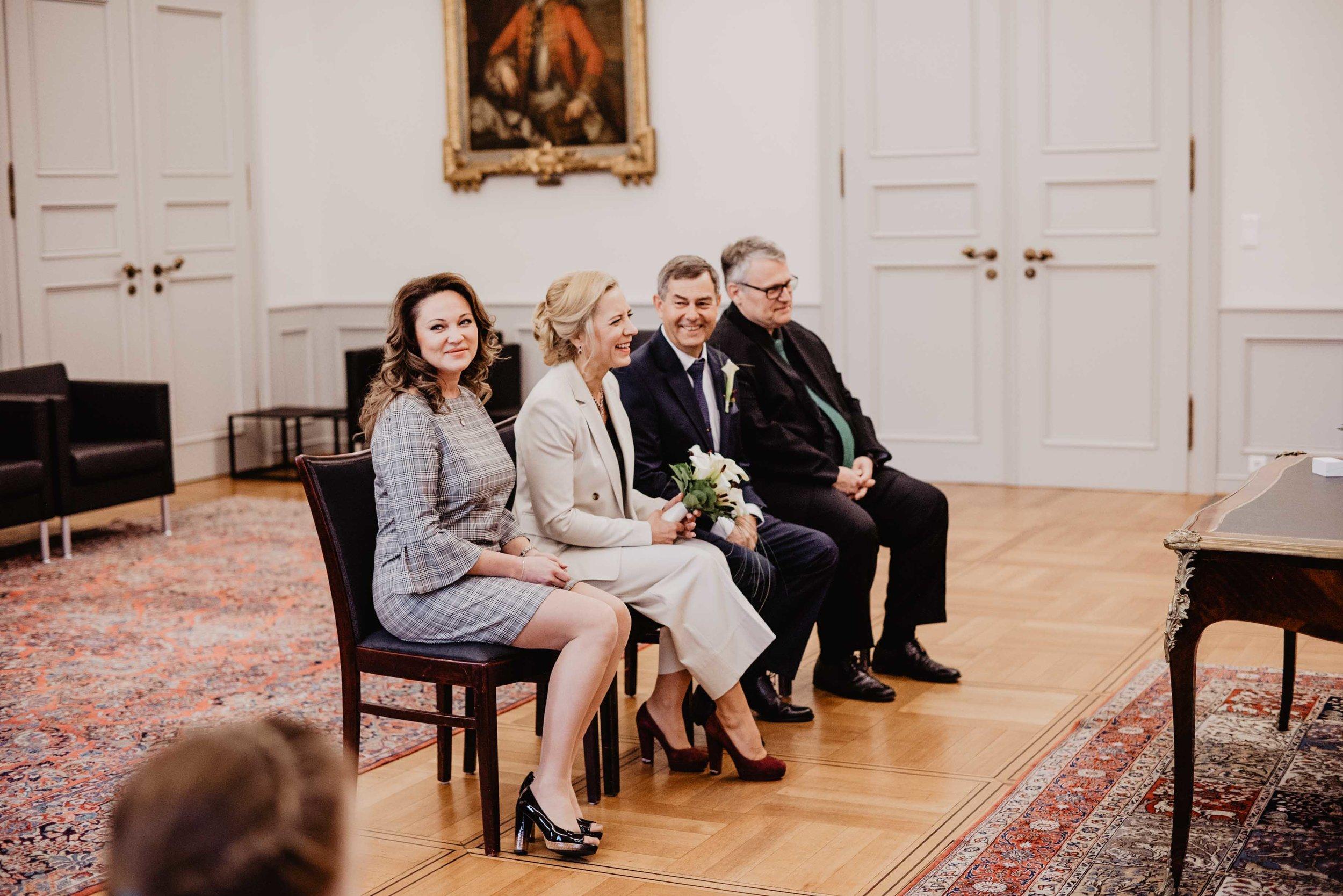 Hochzeit Standesamt Bonn by Lucy Wedding Photography-19.jpg