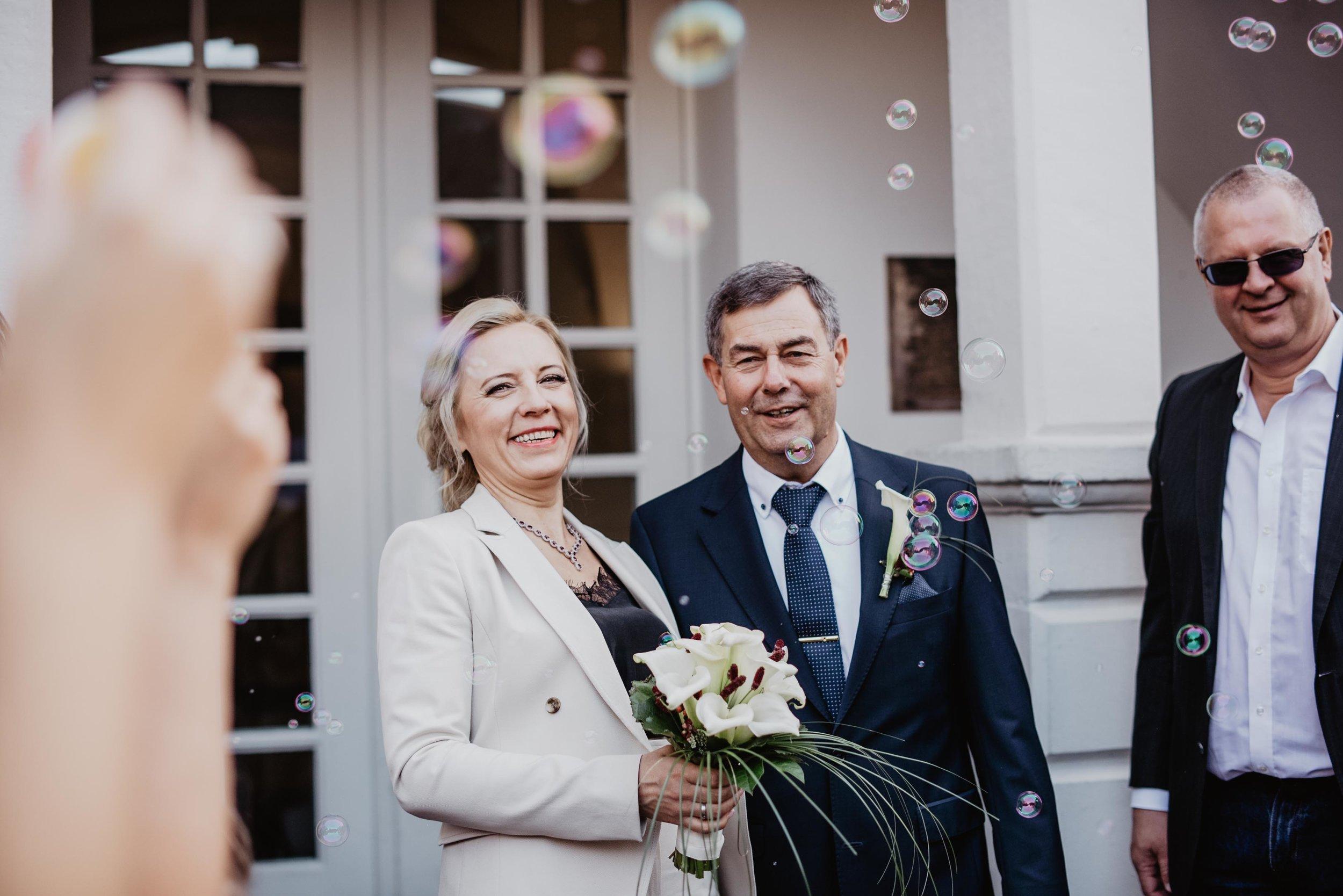 Hochzeit Standesamt Bonn by Lucy Wedding Photography-114.jpg