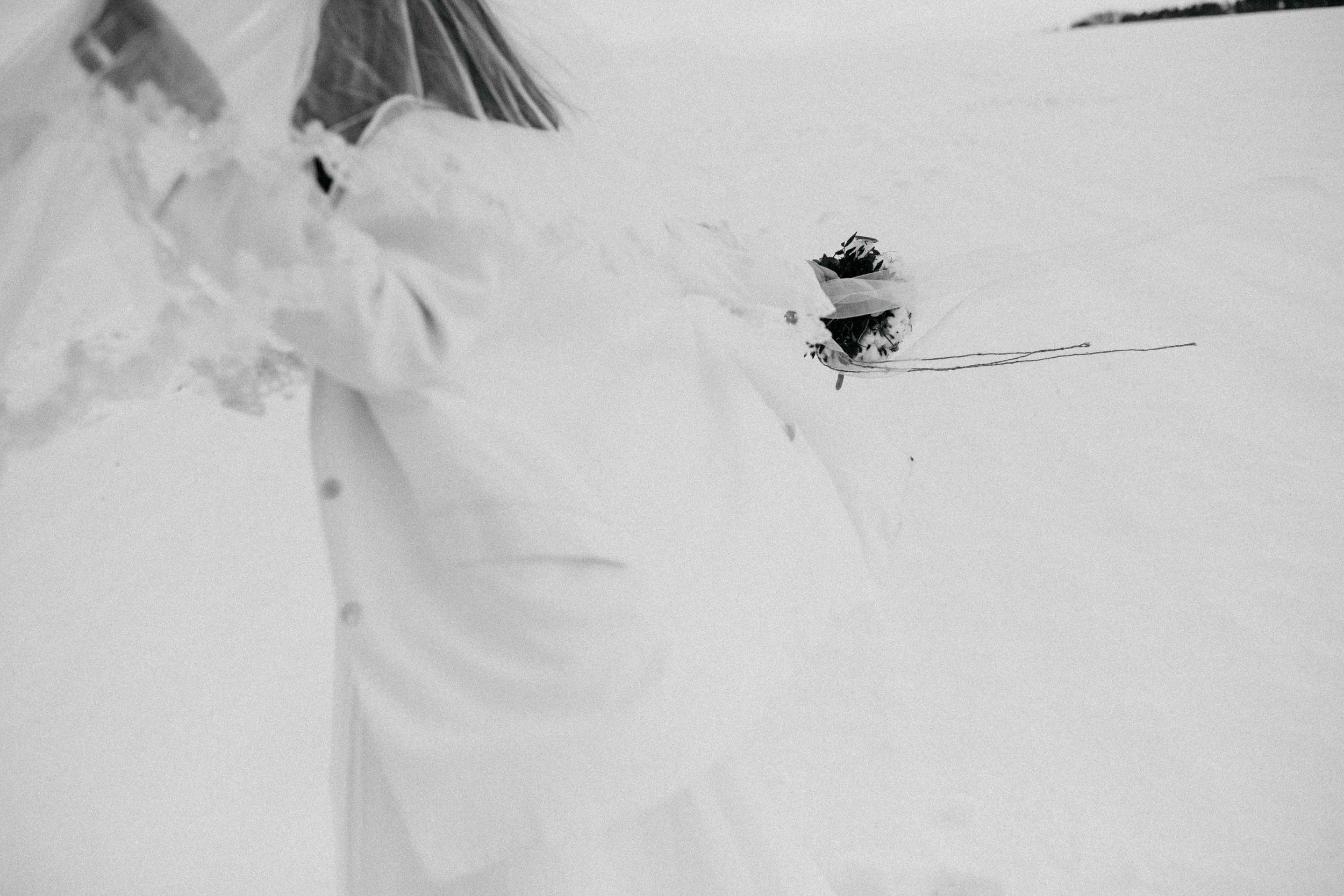Snow Bride Winterhochzeit Schnne Braut-2908.jpg